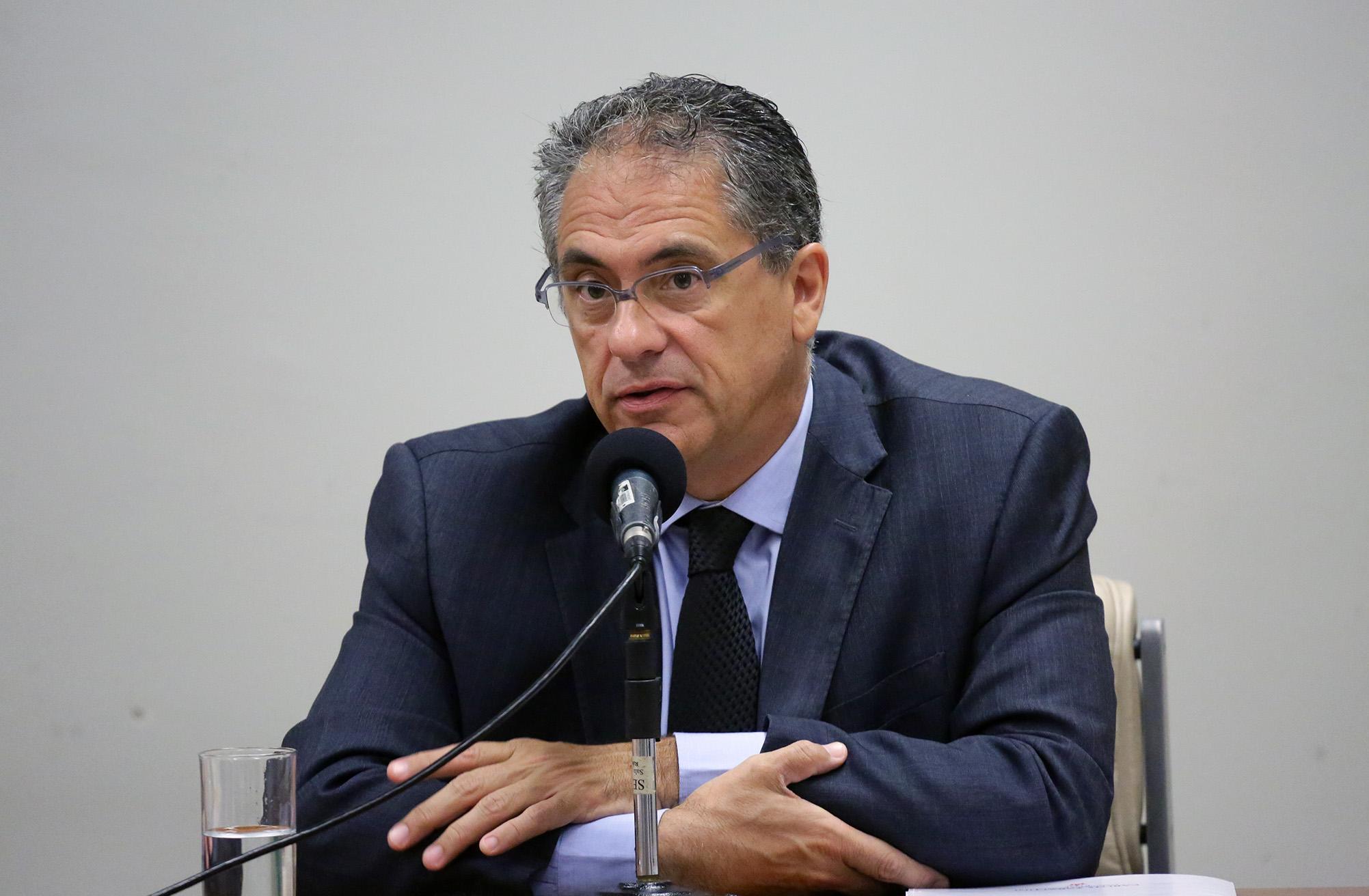 Seminário sobre os desafios para o trabalho decente. Dep Carlos Zarattini ( PT - SP)