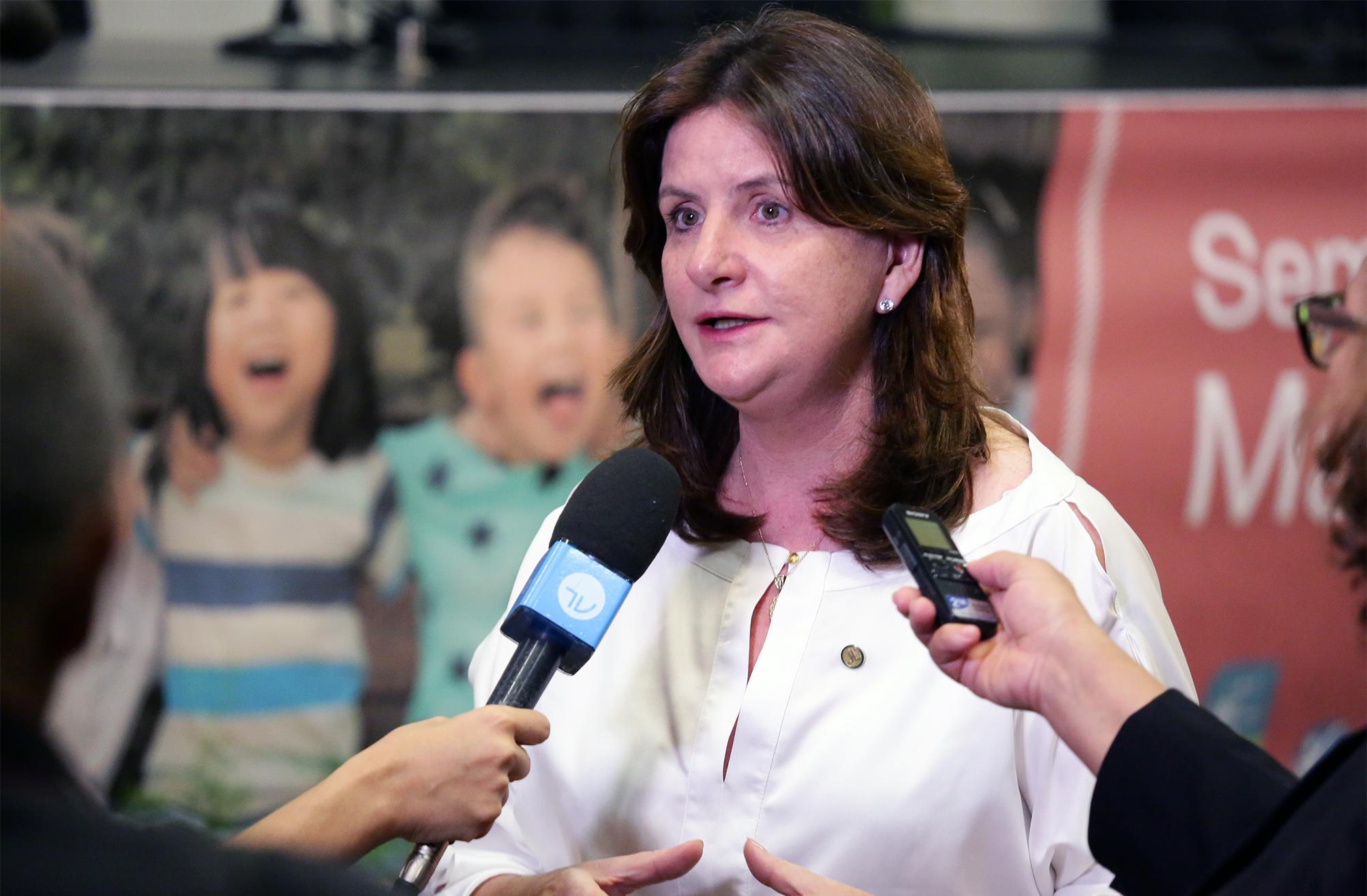 Dep. Carmen Zanotto (PPS - SC) concede entrevista
