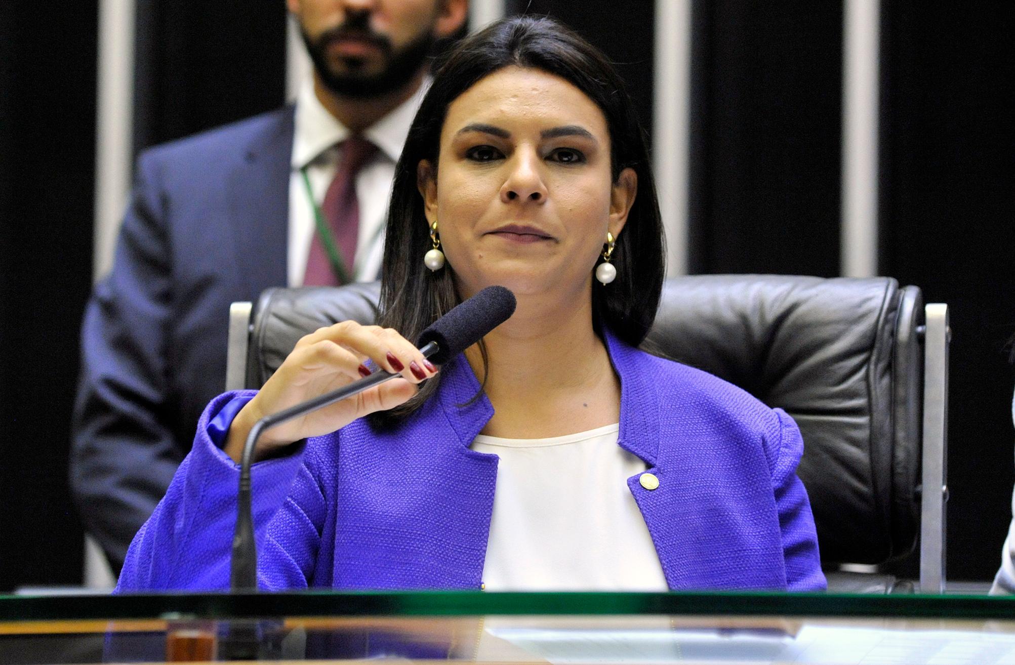 Ordem do dia para discussão e votação de diversos projetos. Dep. Mariana Carvalho (PSDB - RO)