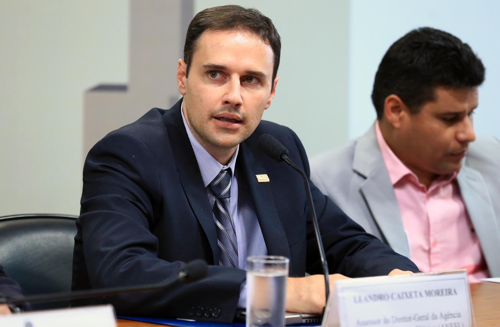 Audiência pública sobre a MP 814/17, que abre caminho para a privatização da Eletrobras. Assessor do Diretor-Geral da Agência Nacional de Energia (ANEEL), Leandro Caixeta Moreira