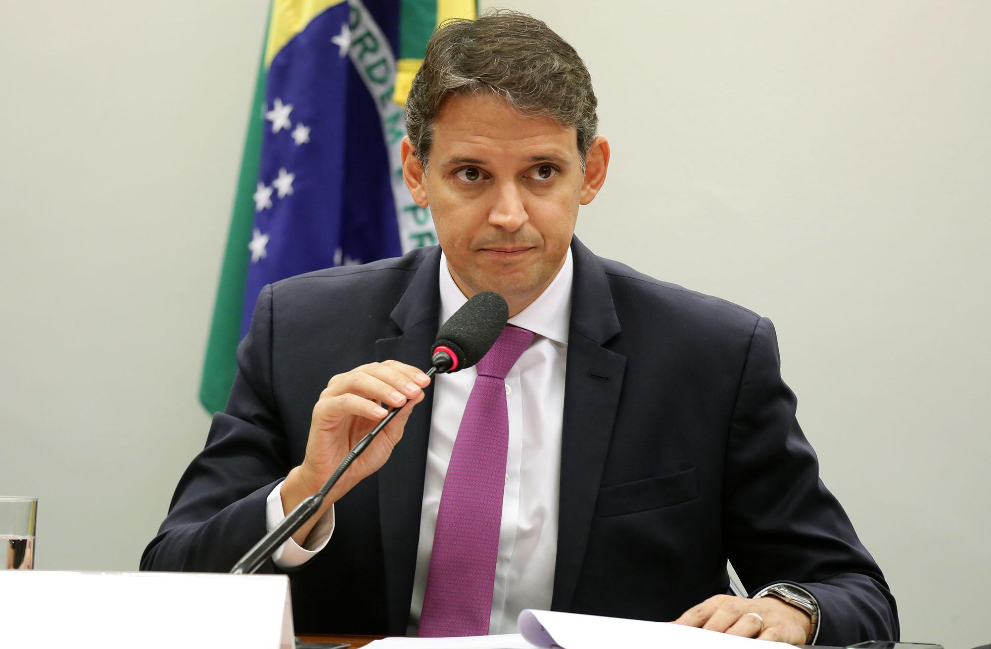 Instalação dos trabalhos e eleição dos Presidentes e Vice-Presidentes. Dep. Thiago Peixoto (PSD - GO)