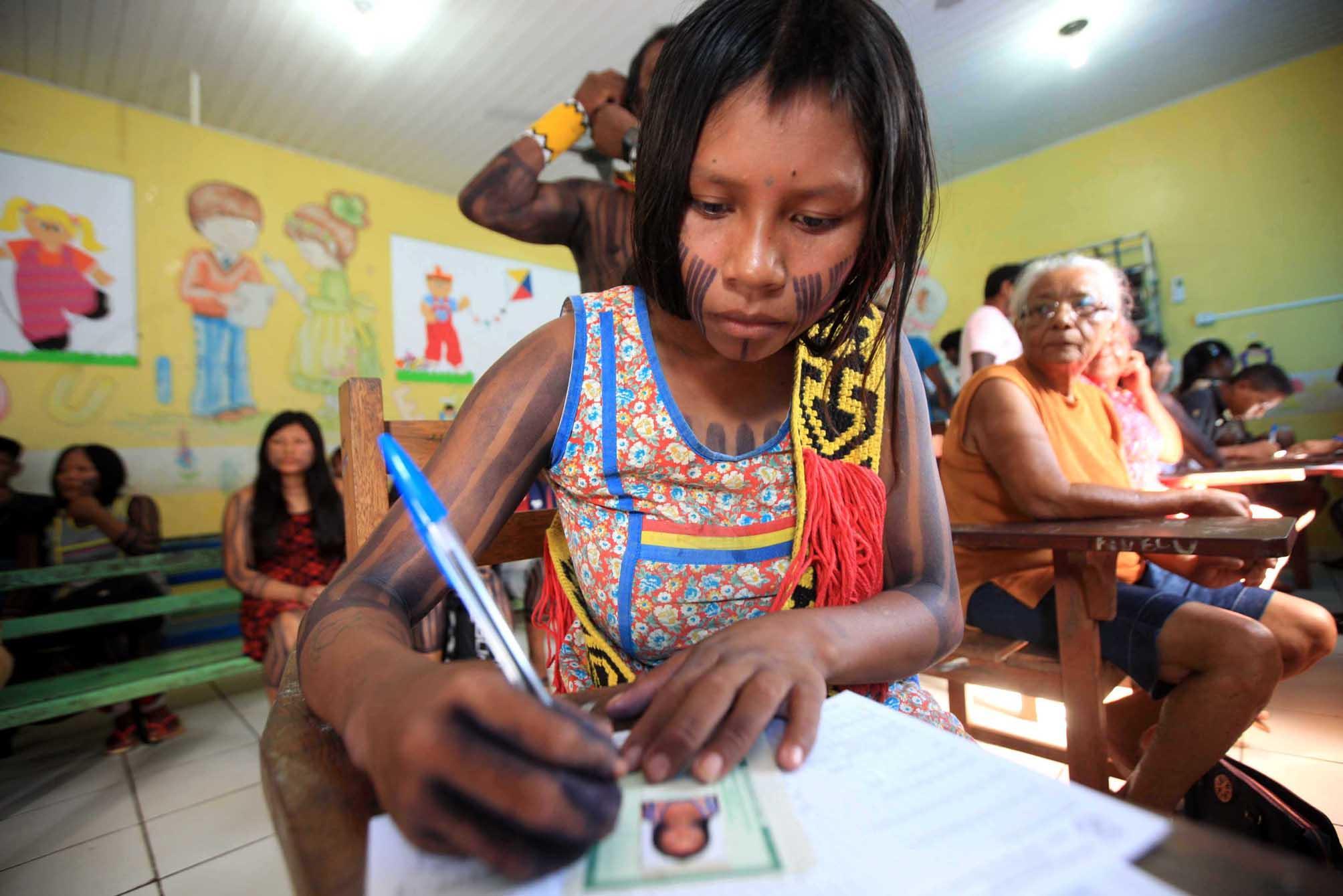 Educação - geral - indígenas cidadania índios