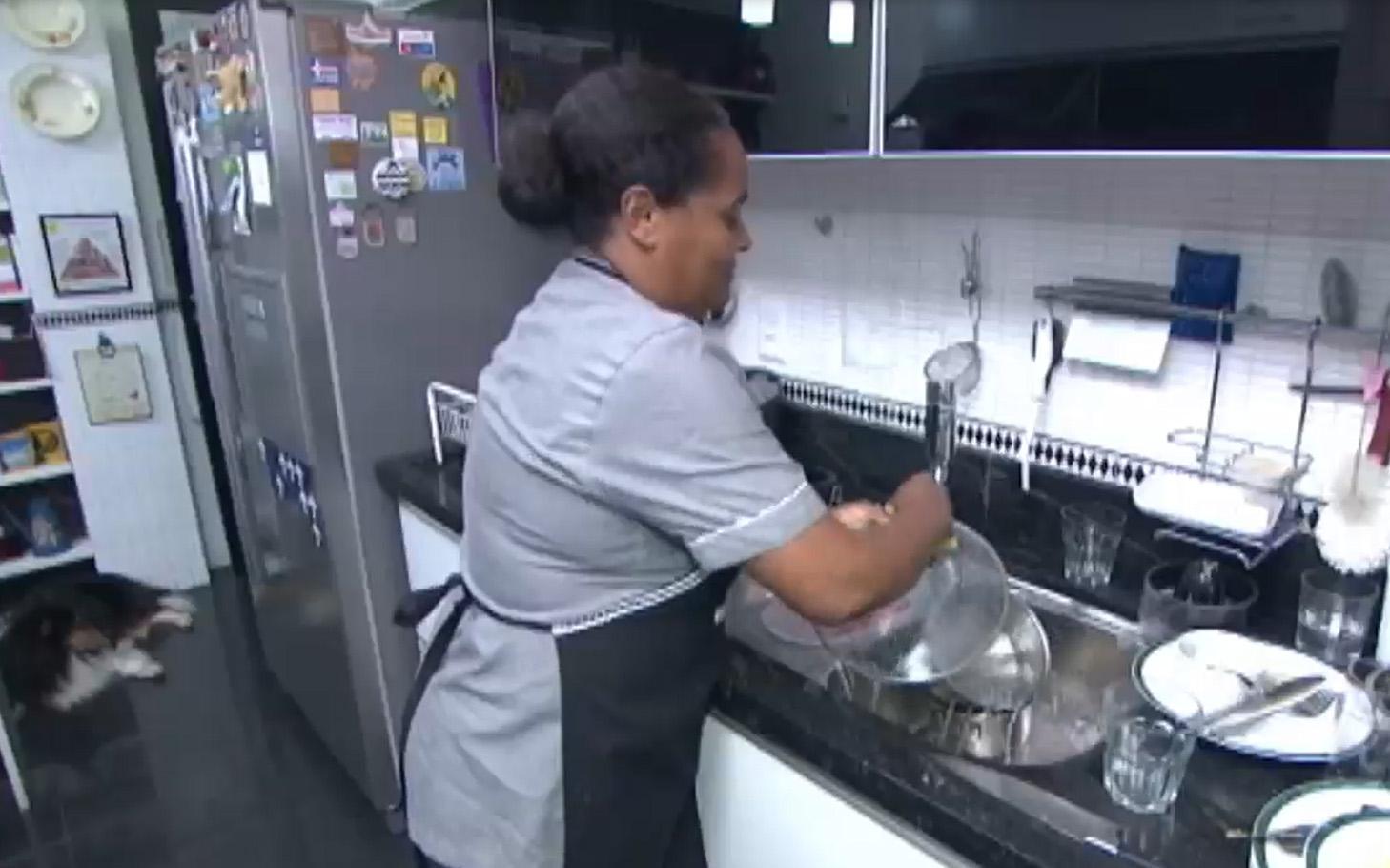 Trabalho - doméstica - empregada doméstica lar emprego