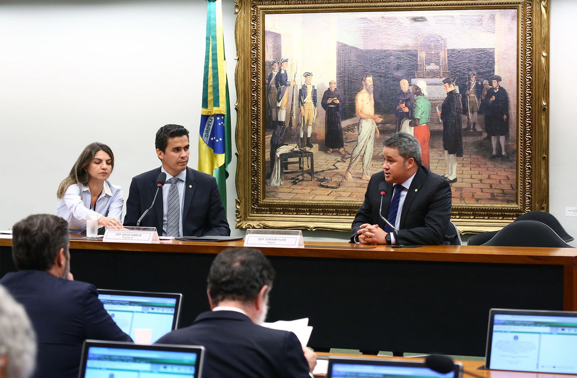 Instalação e eleição do presidente da Comissão