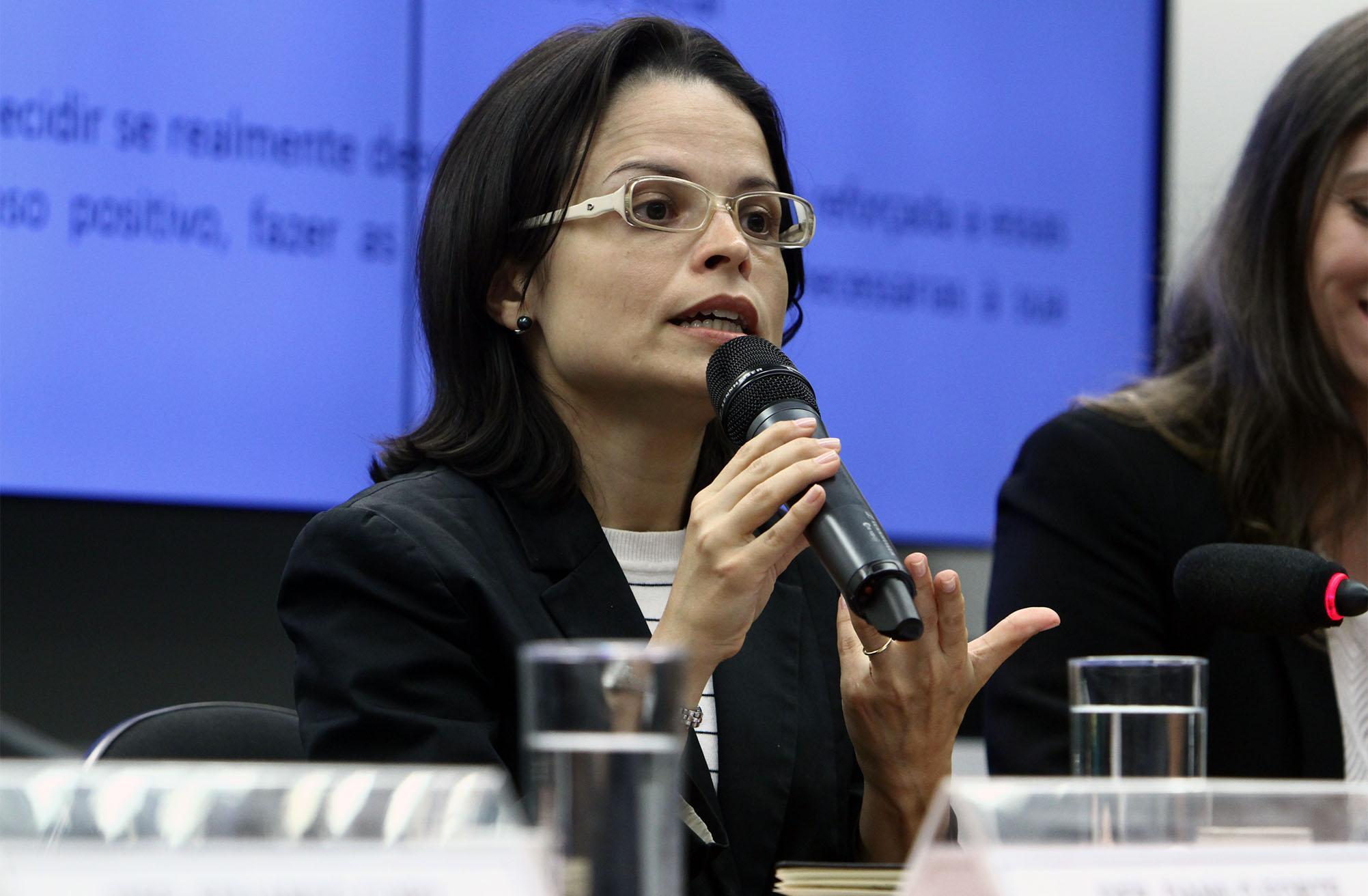 Audiência Pública. Professora da Escola de Direito da FGV-RJ, PATRÍCIA SAMPAIO