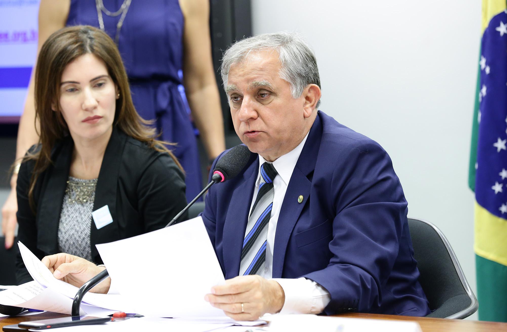 Audiência Pública sobre a Lei de Aprendizagem, sua atualização e o novo Ensino Médio. Dep. Izalci Lucas (PSDB - DF)