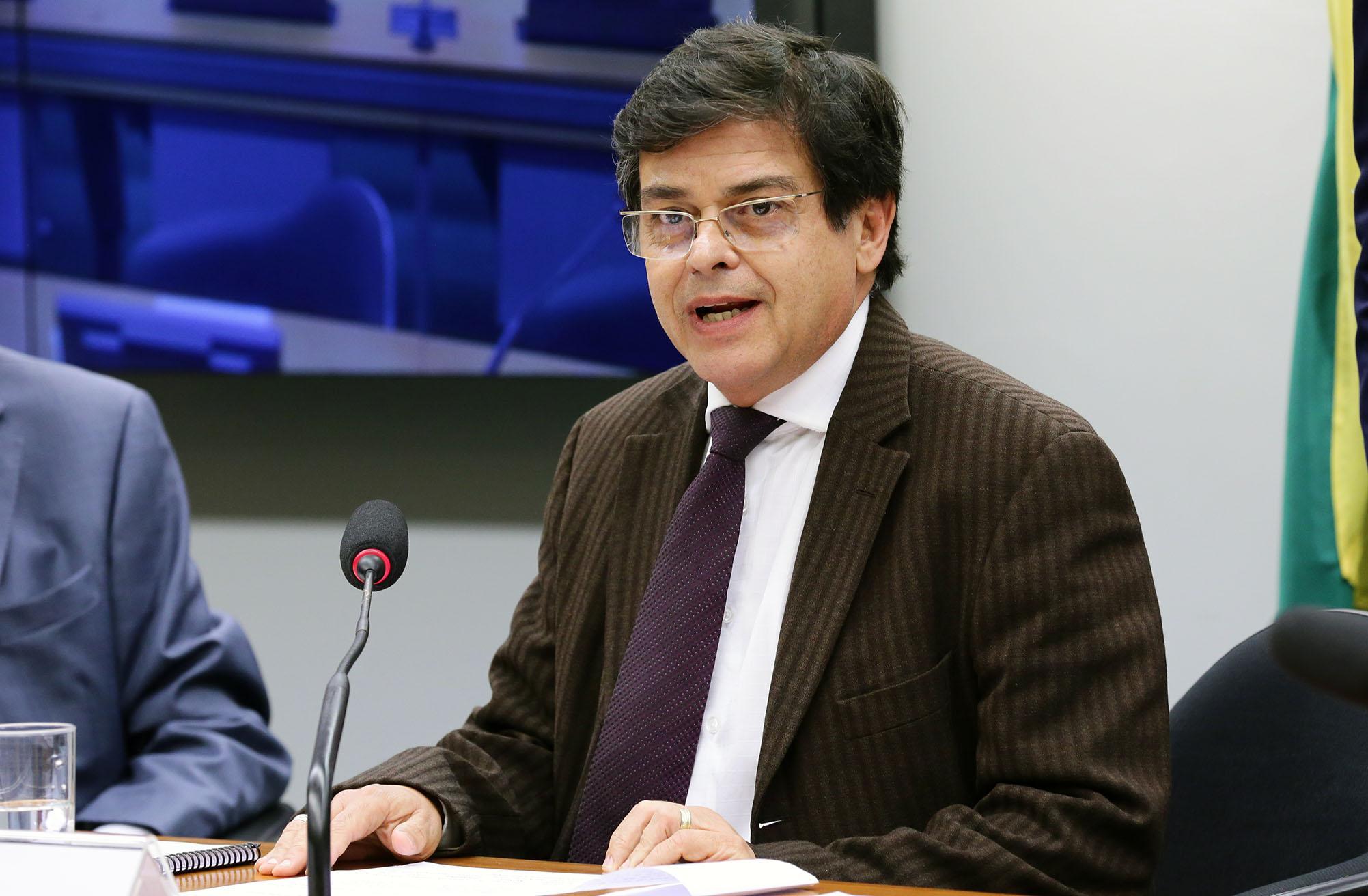 Audiência pública sobre a apresentação das prioridades da política externa brasileira para o ano em curso, e as perspectivas de atuação do ministério para os anos seguintes. Dep. Eduardo Barbosa (PSDB - MG)