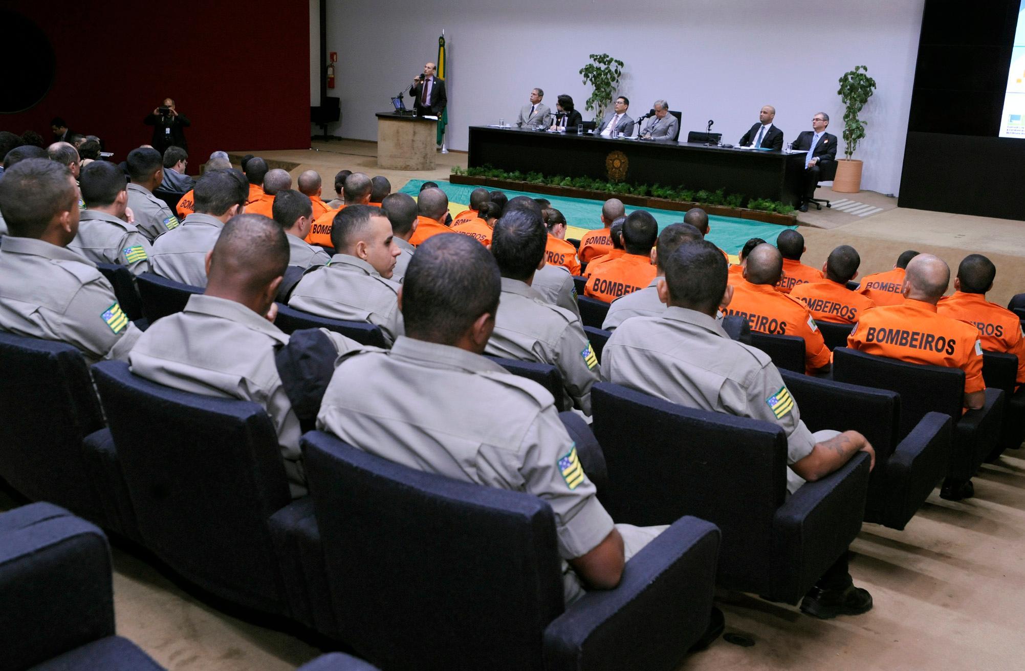 Seminário -  30 anos da Constituição Federal: Reforma do Poder Judiciário e do Sistema de Segurança Pública
