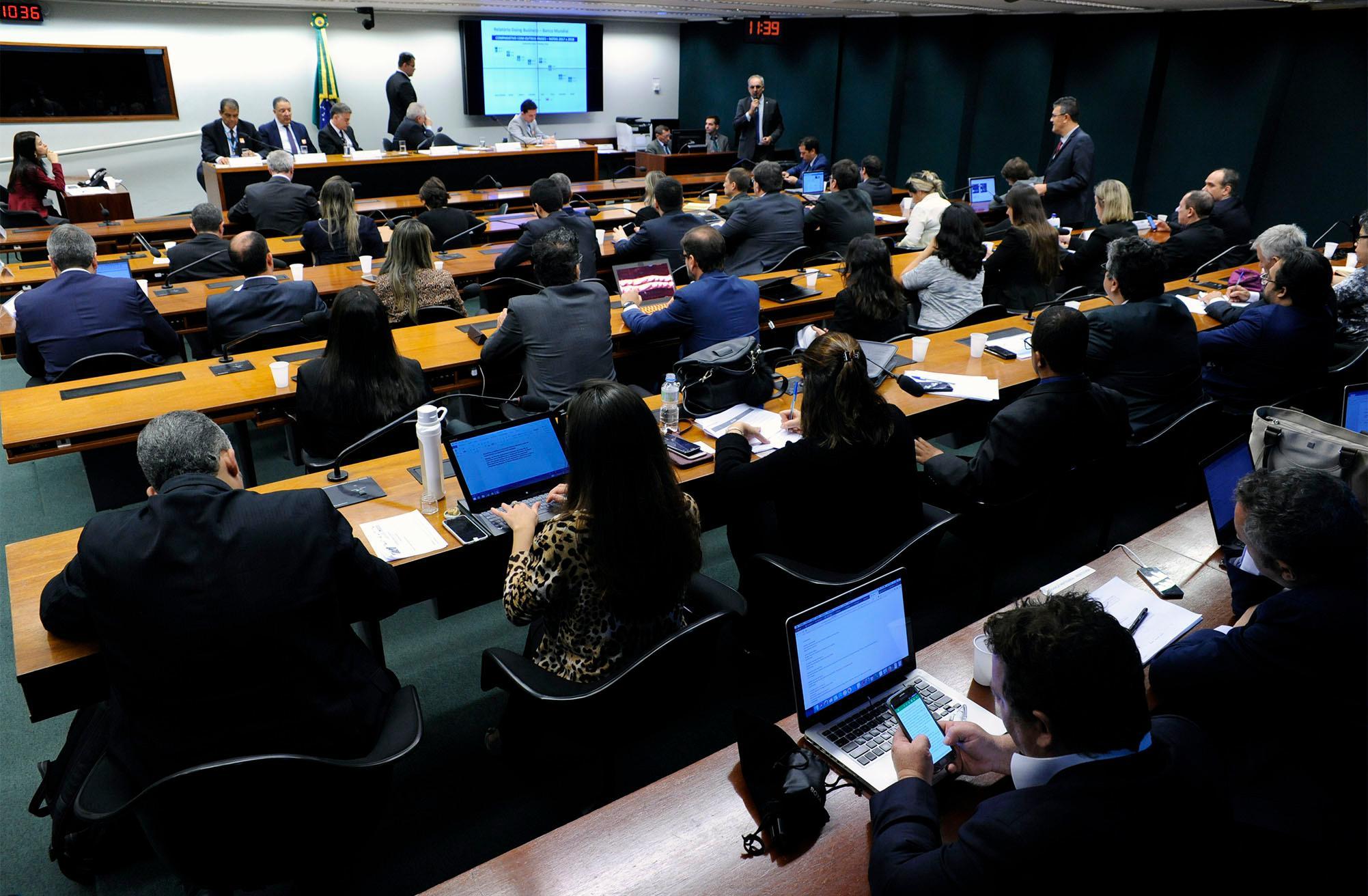 Audiência pública conjunta sobre a importância do sistema e-Social para unificação, simplificação, redução da burocracia e melhoria da eficiência para Governo e empresas
