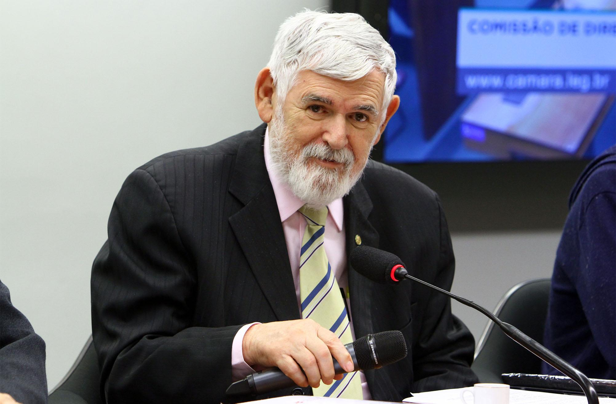 Audiência pública sobre políticas públicas para autistas no Brasil. Dep. Luiz Couto (PT - PB)