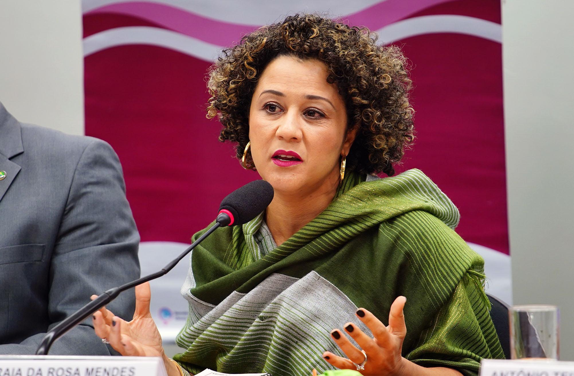 Pauta Feminina: Respostas ao enfrentamento do feminicídio de mulheres negras. Coordenadora Nacional do Comitê Latino Americano e do Caribe para a Defesa dos Direitos da Mulher, Soraia da Rosa Mendes