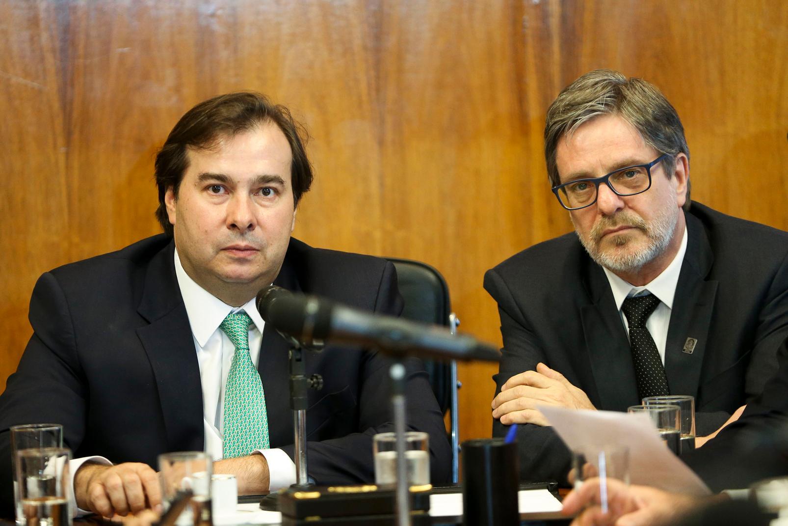 Rodrigo Maia recebe o reitor da UFRJ  Roberto Leher