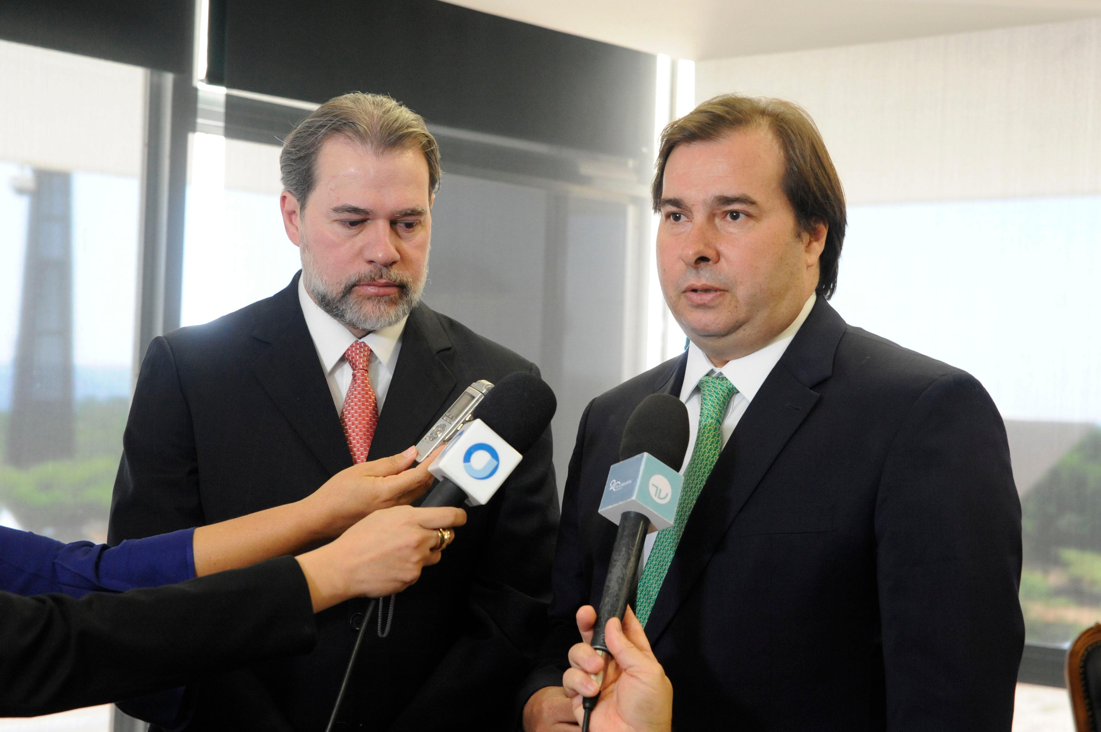Deputado Rodrigo Maia Presidente da Câmara dos Deputados  durante encontro com o ministro Dias Toffoli presidente do STF