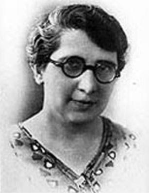 História do Brasil - Carlota Pereira de Queirós primeira deputada federal do Brasil