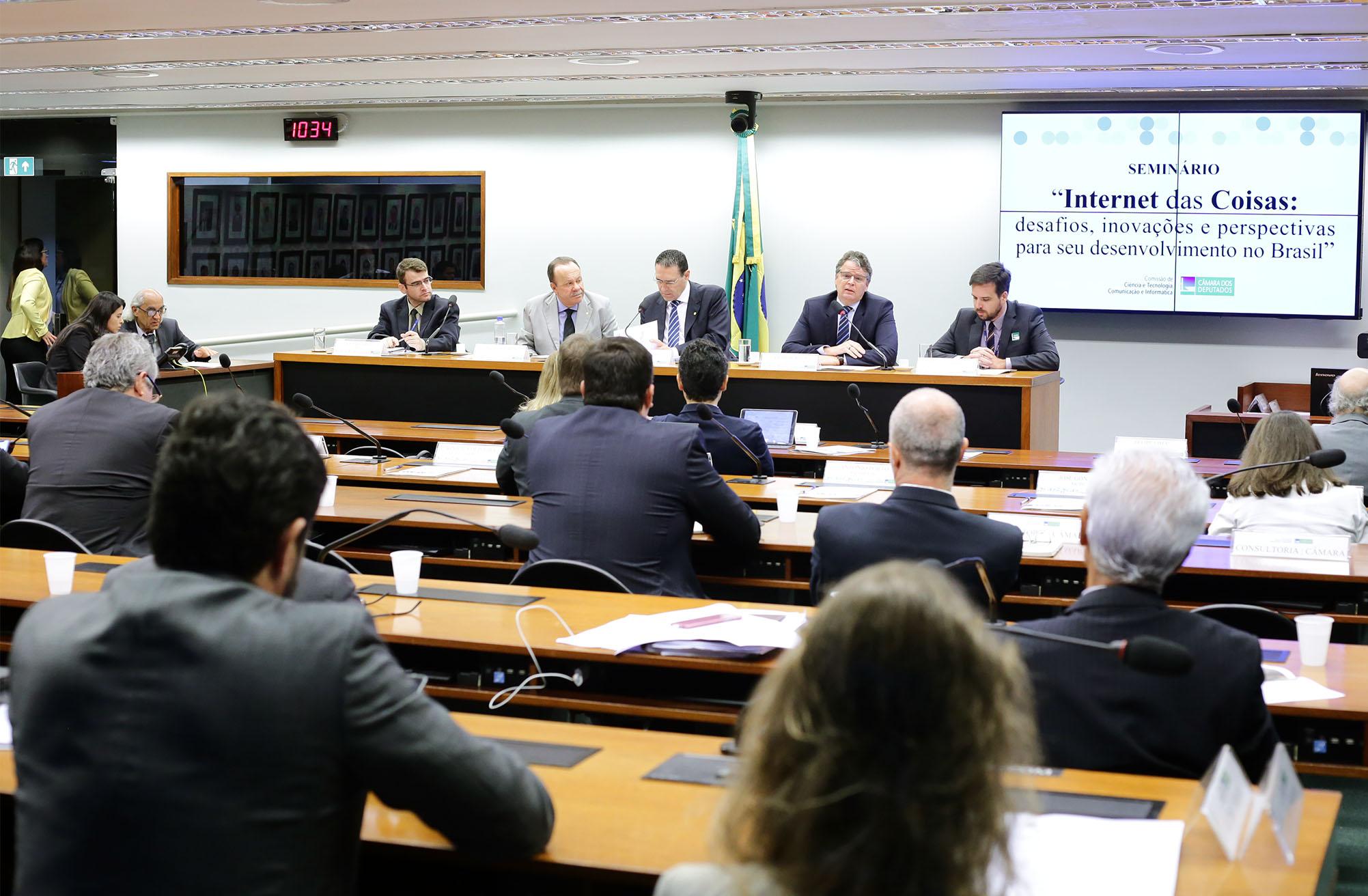 Seminário - Internet das Coisas: desafios, inovações e perspectivas para seu desenvolvimento no Brasil