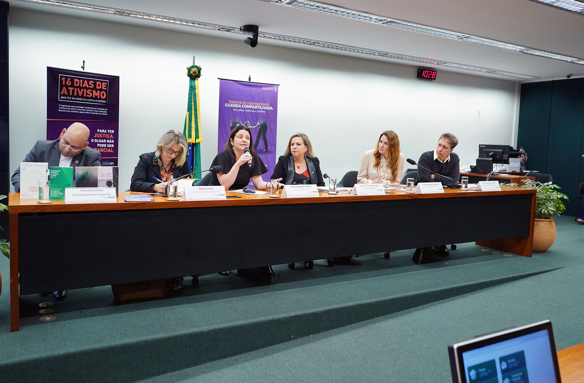 Seminário Internacional guarda compartilhada: Leis, Justiça, Violências e Conflitos