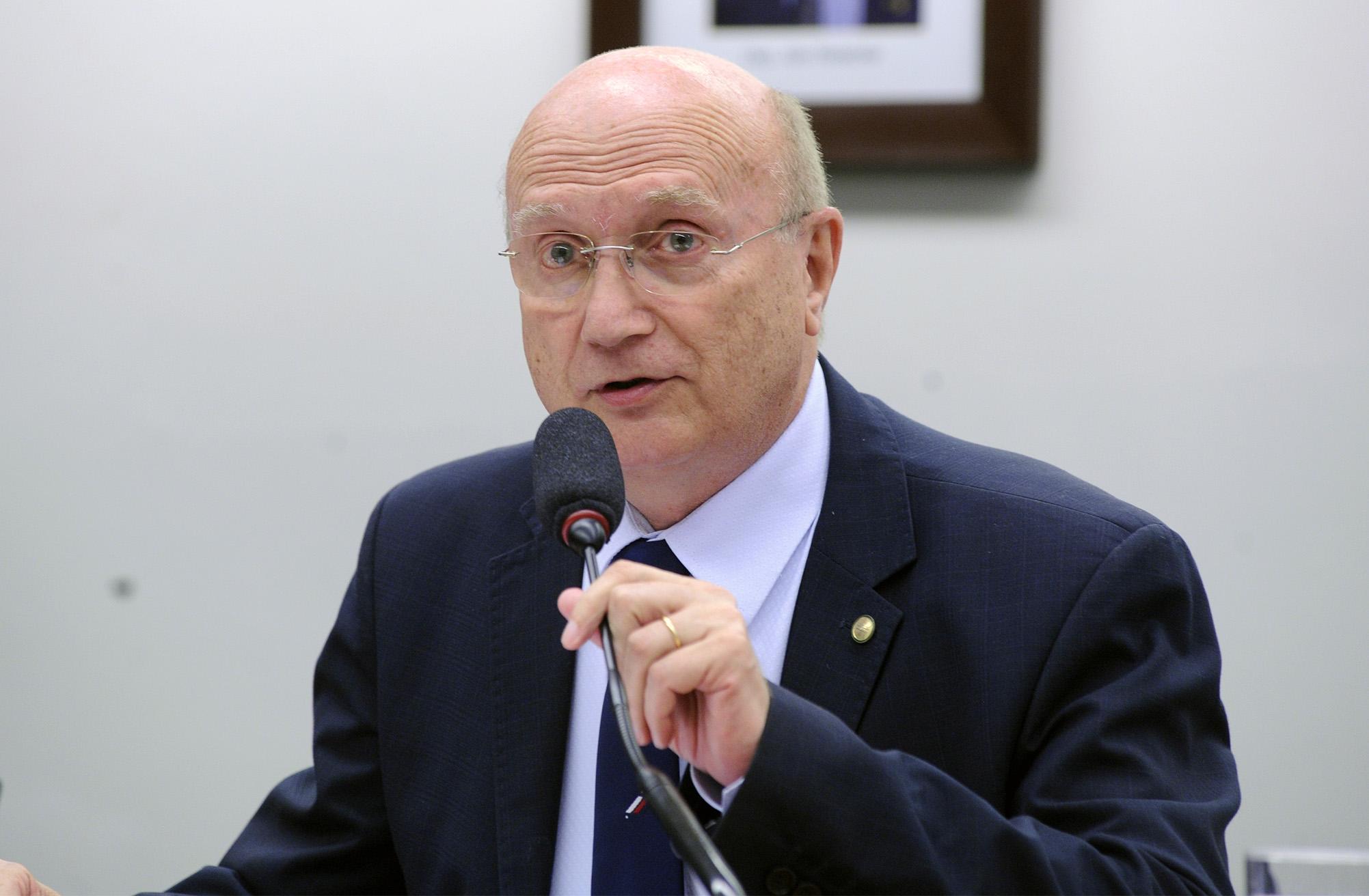 Audiência pública sobre o conflito Fundiário em Formosa do Rio Preto – BA. Dep. Osmar Serraglio (PP - PR)