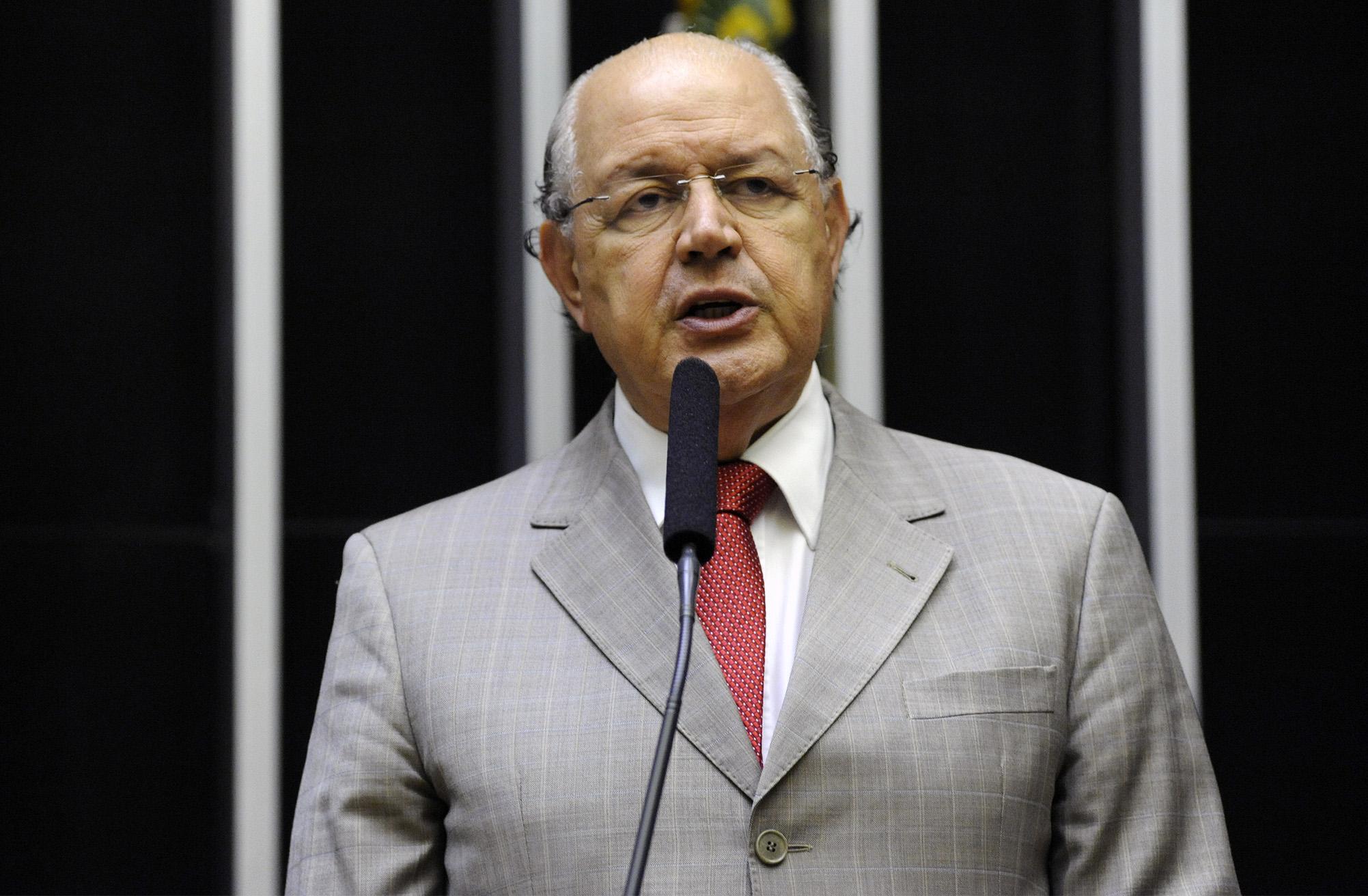 Ordem do dia para discussão e votação de diversos projetos. Dep. Luiz Carlos Hauly (PSDB - PR)