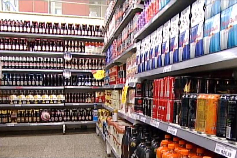 Alimentos - bebidas industrializadas supermercados varejo alcoólicas consumidor