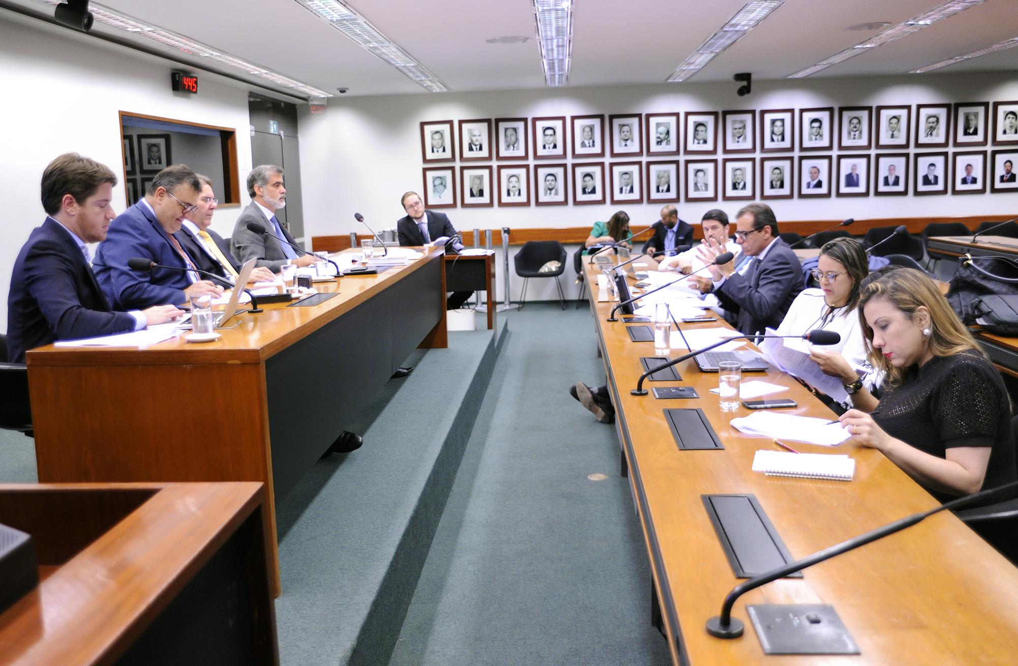 Comissão de Juristas responsável pela atualização da Lei de Entorpecentes - Lei nº 11.343/2006 e do Sistema Nacional de Políticas Públicas sobre Drogas