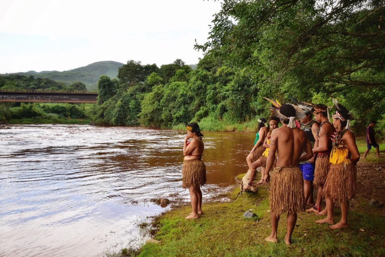 Cidades - catástrofes - rompimento barragem Brumadinho Vale meio ambiente desastres mineração poluição rio Paraopeba índios pataxó Hã-hã-hãe