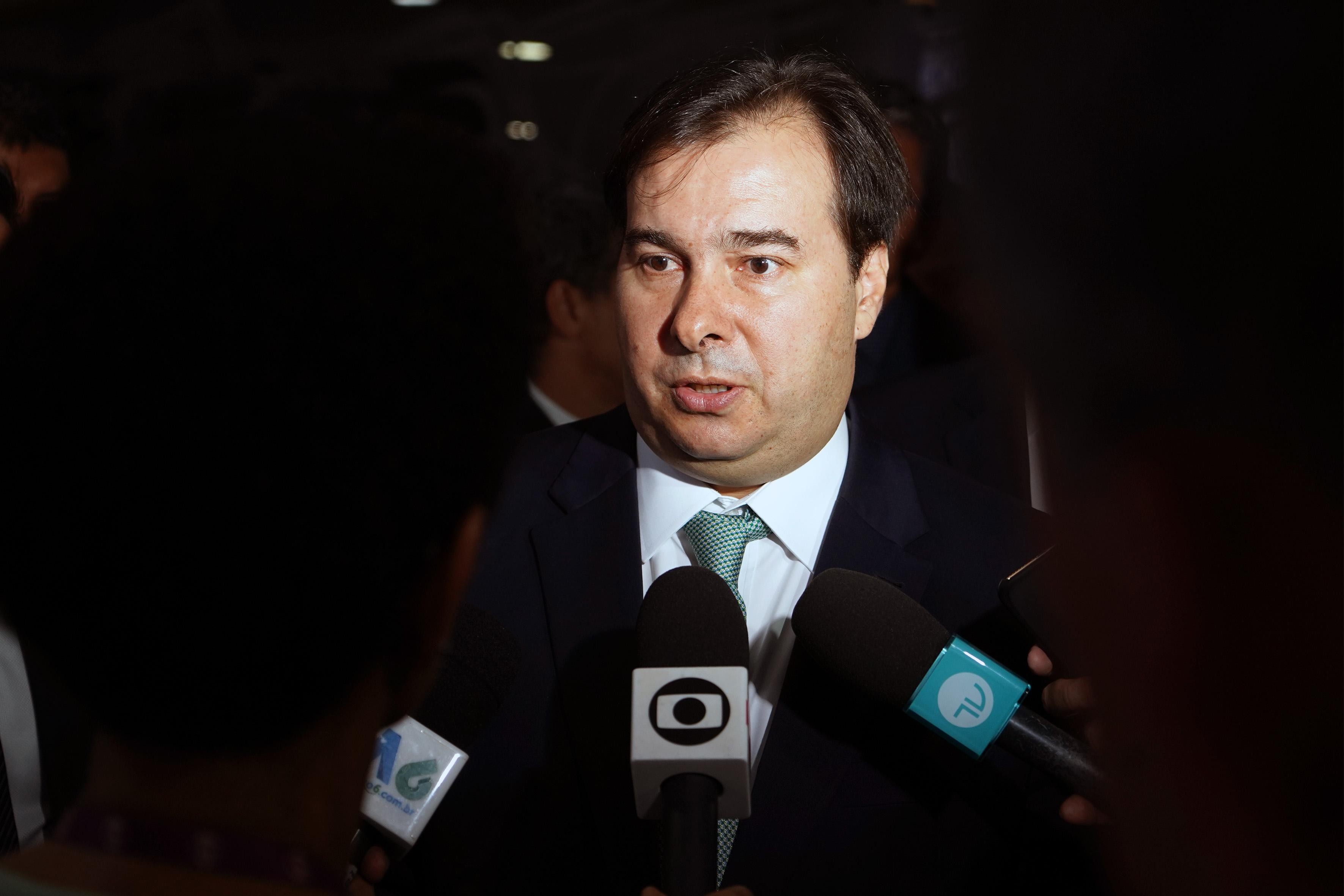 Presidente da Câmara dos Deputados, dep. Rodrigo Maia (DEM-RJ), concede entrevista