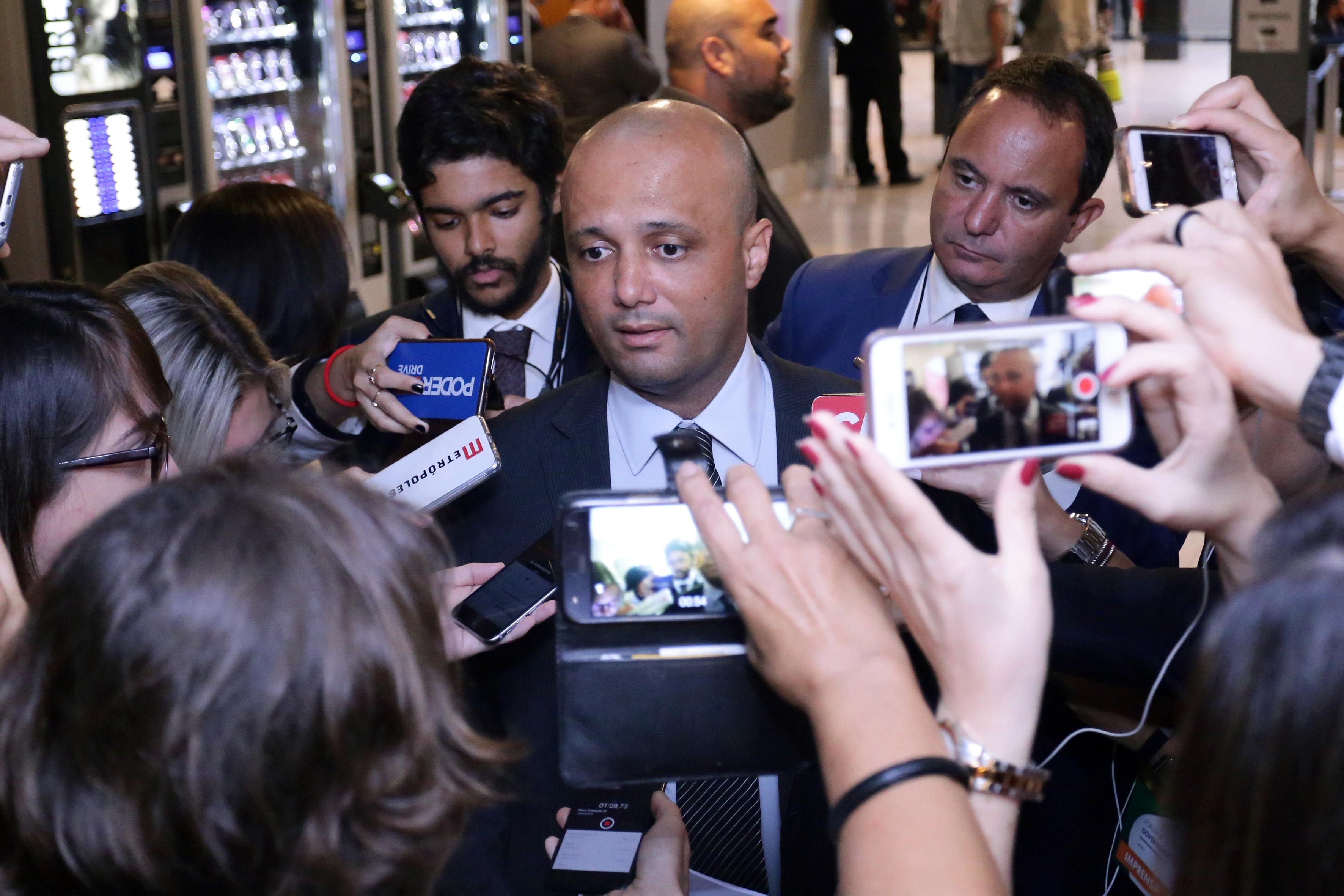 Reunião dos 27 governadores eleitos para o mandato 2019-2022. Líder do governo na Câmara, dep. Major Vitor Hugo