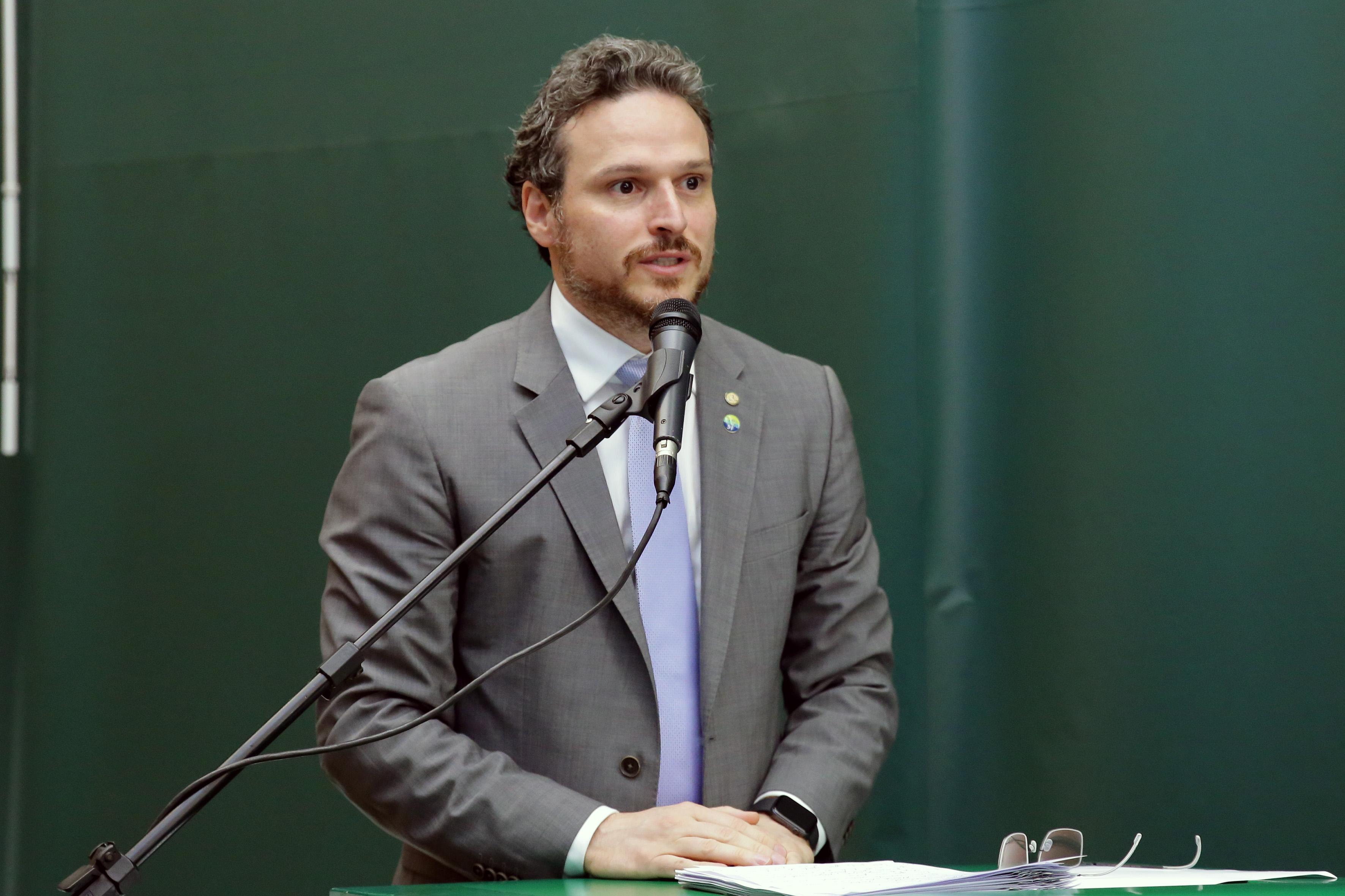 Reunião para instalação da Frente Parlamentar. Dep. Fred Costa (PATRIOTA-MG)