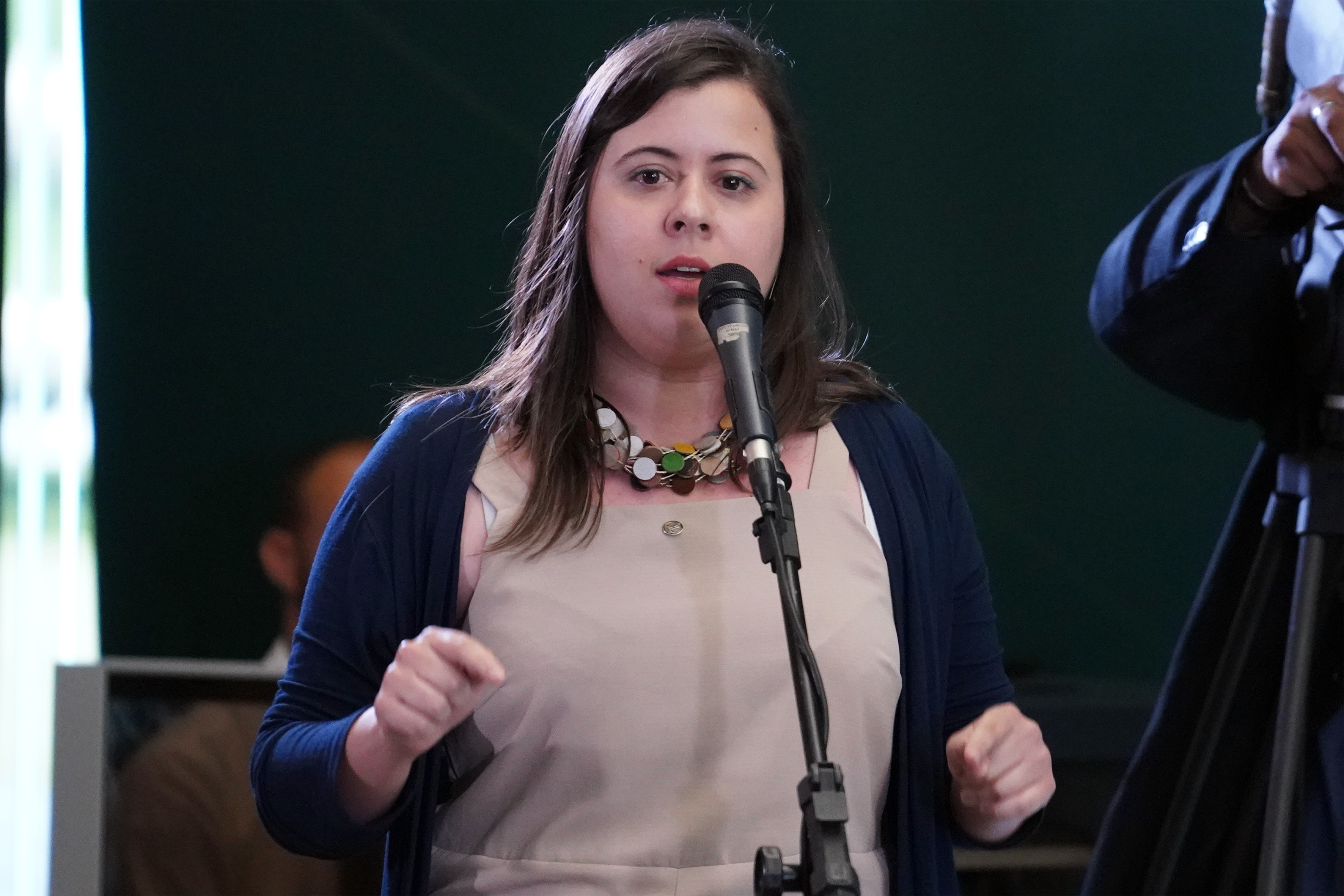 """Pauta Feminina """"Mais Mulheres na Política"""". Dep. Sâmia Bomfim (PSOL - SP)"""
