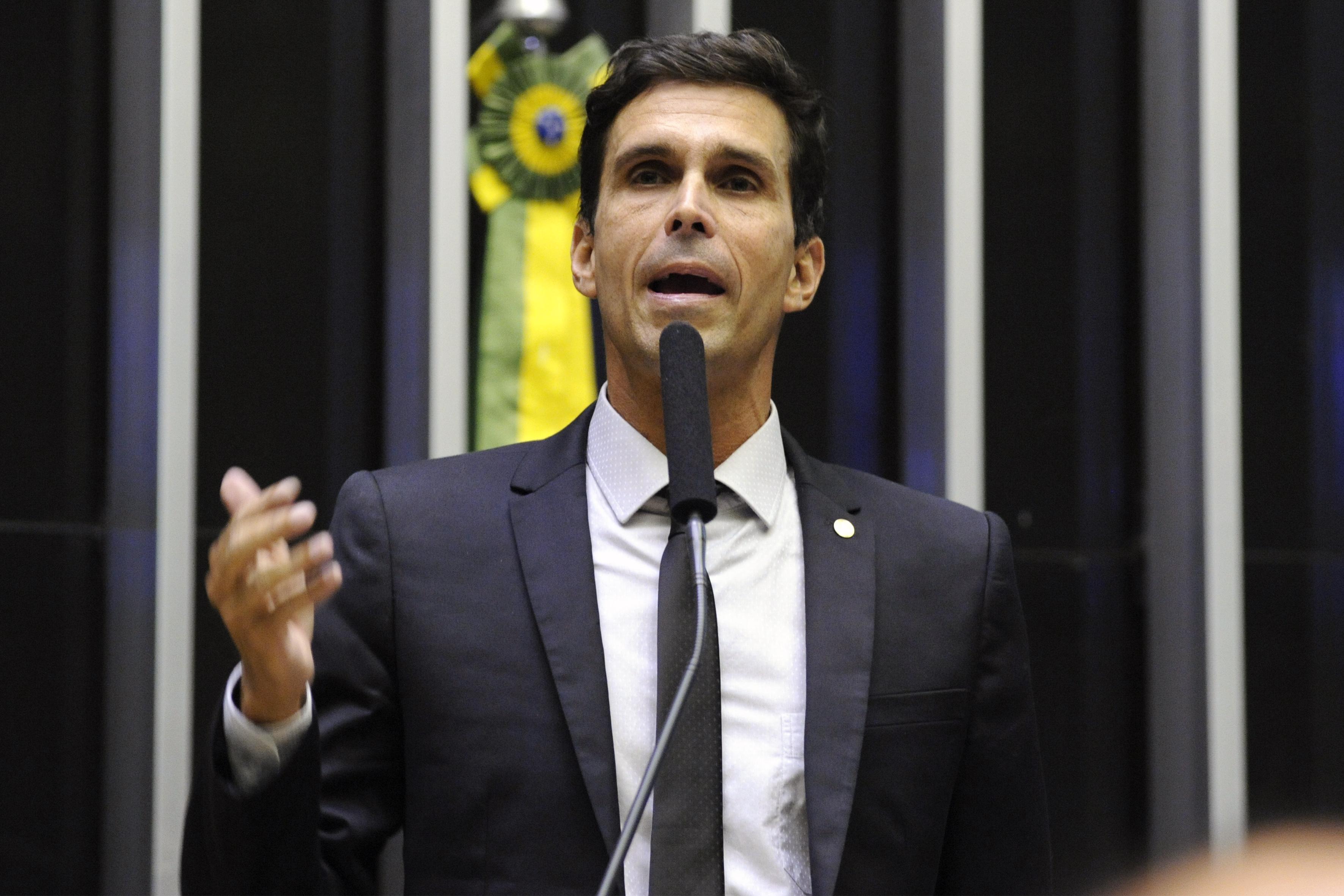 Ordem do dia para discussão e votação de diversos projetos. Dep. Luiz Lima (PSL - RJ)