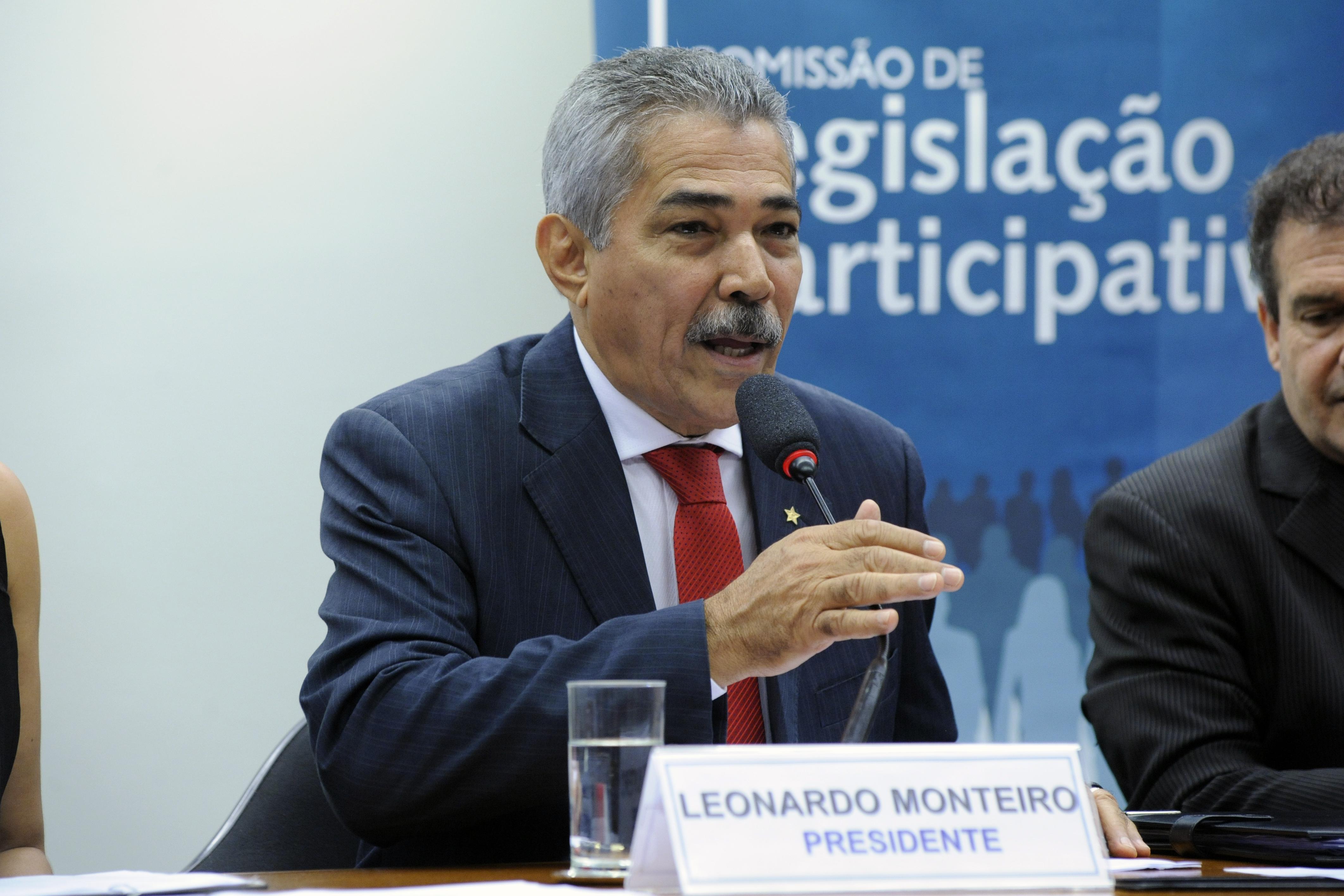 Instalação dos trabalhos da 1ª Sessão Legislativa da 56ª Legislatura e eleição do presidente e vice-presidentes da comissão. Dep. Leonardo Monteiro (PT - MG)