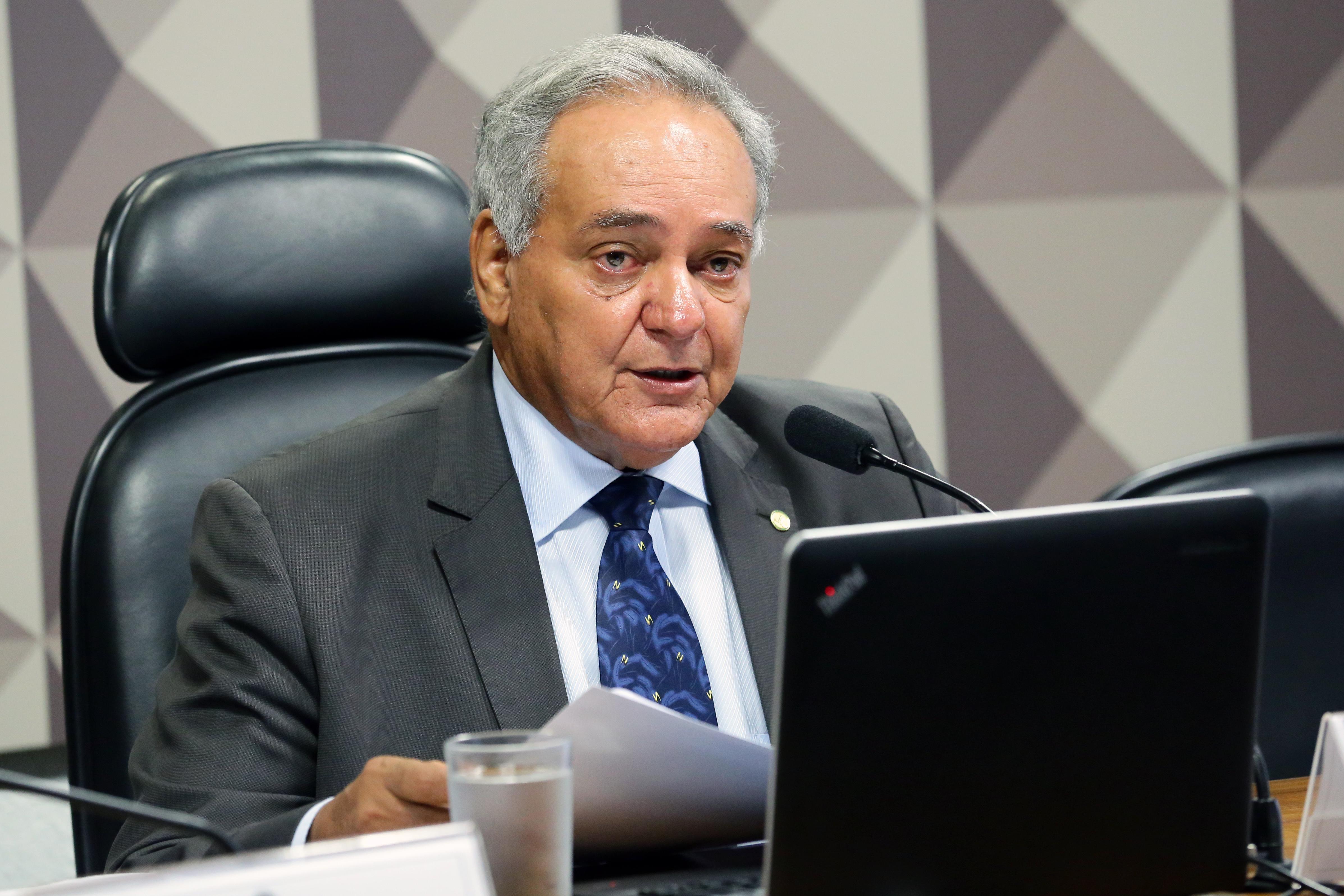 Comissão Mista sobre a MP 855/19, que busca viabilizar a privatização das duas distribuidoras de energia elétrica que estão sob controle da Eletrobras. Dep. Édio Lopes (PR - RR)