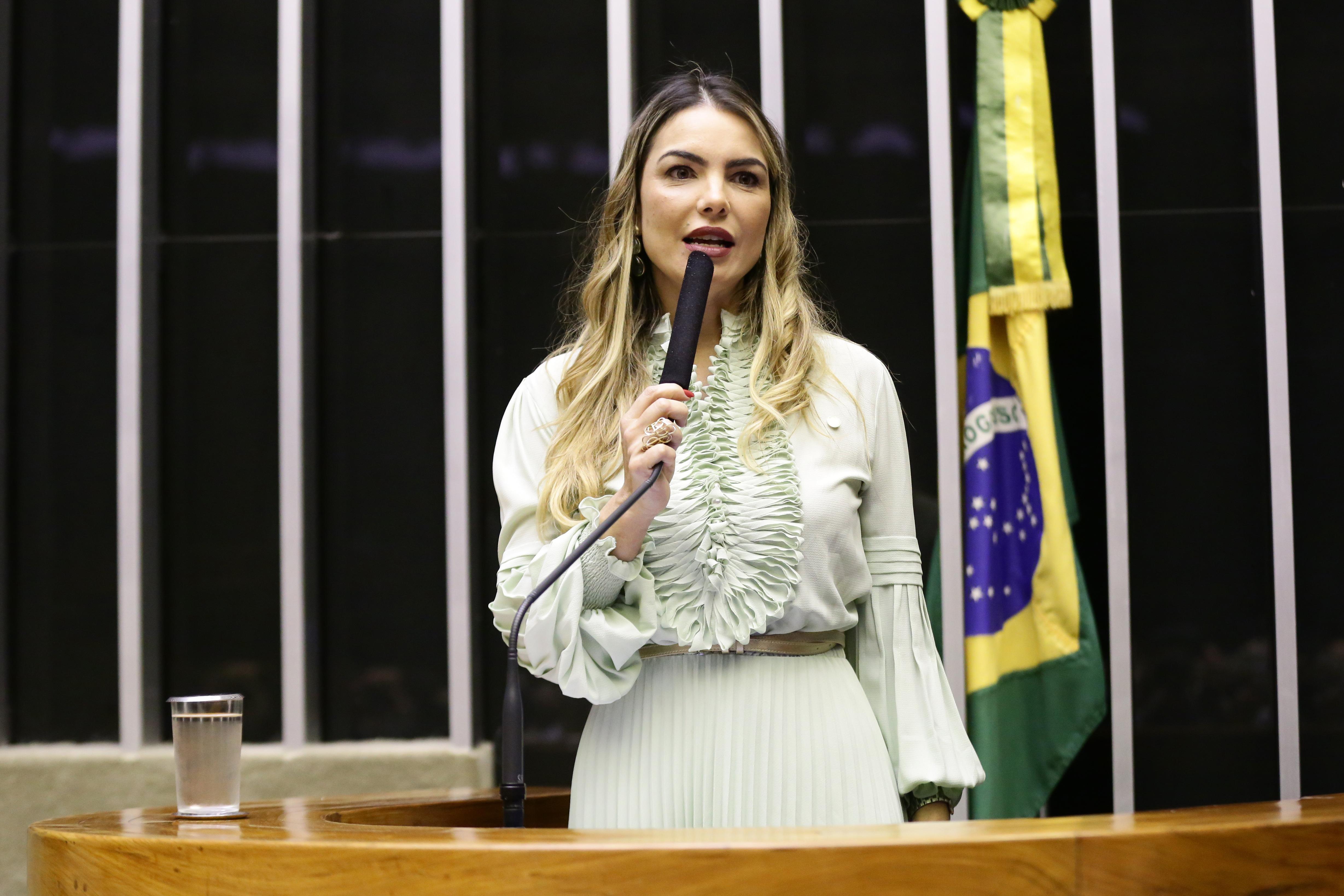 Homenagem ao 59º Aniversário de Brasília. Dep. Paula Belmonte (CIDADANIA-DF)