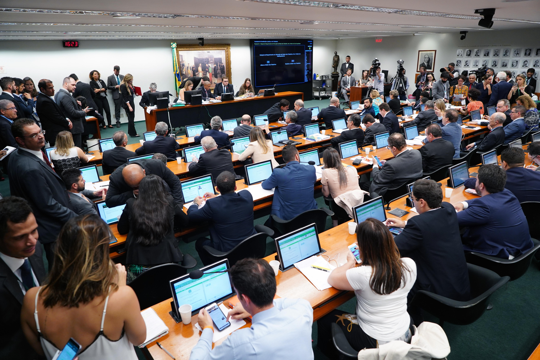 Reunião extraordinária para debate da votação da reforma da Previdência (PEC 6/19)