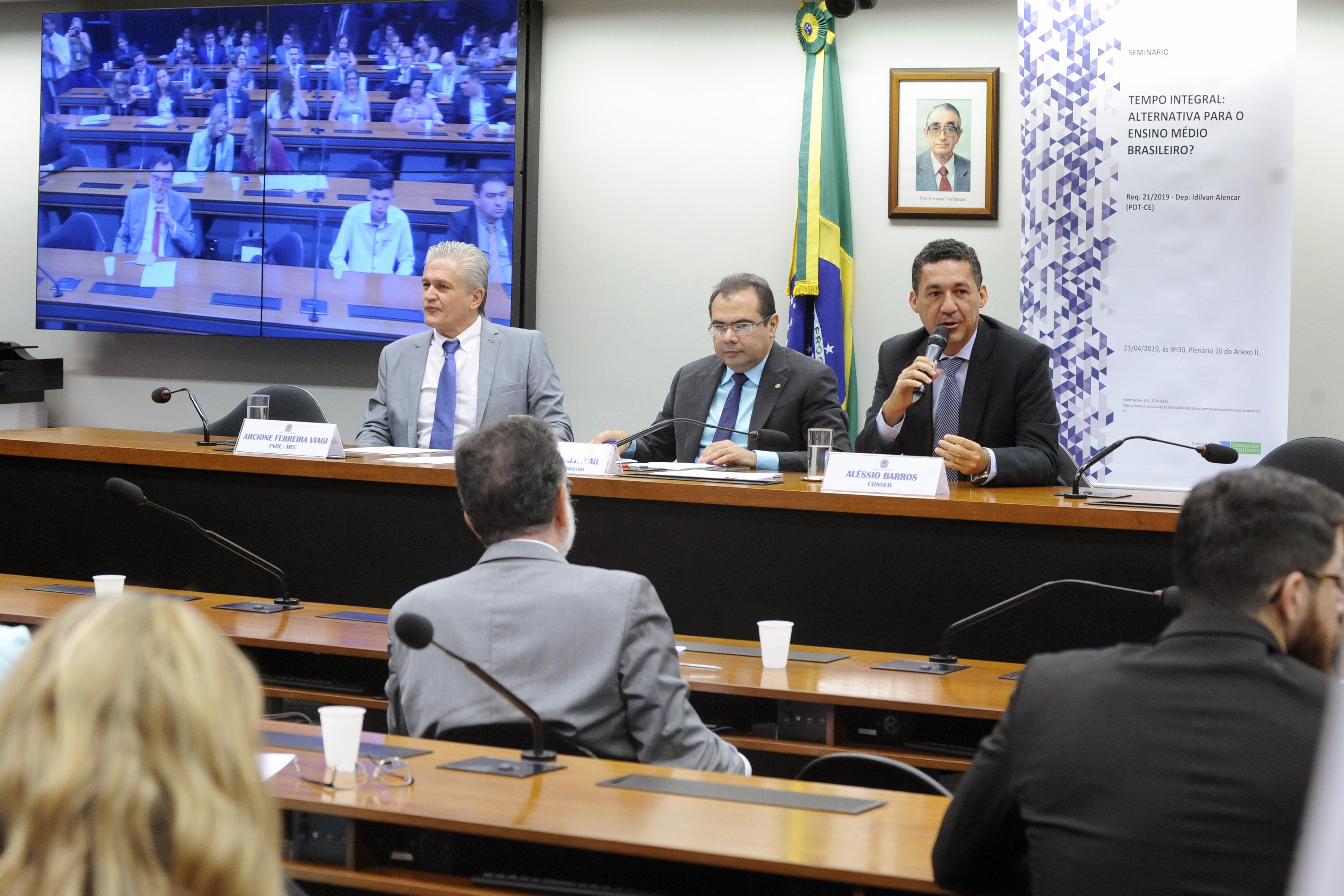 Seminário: O Ensino Médio em Tempo Integral - Alternativa para o Ensino Médio Brasileiro?