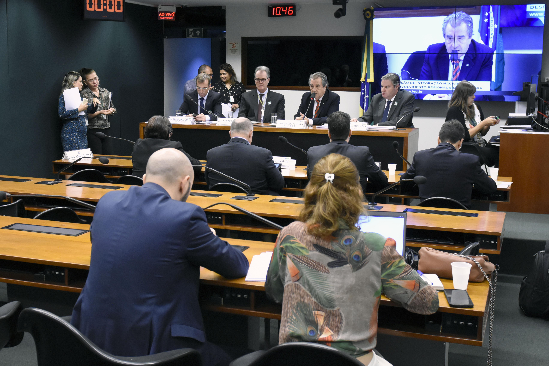 Audiência pública sobre a tarifa de energia elétrica nos estados da Amazônia