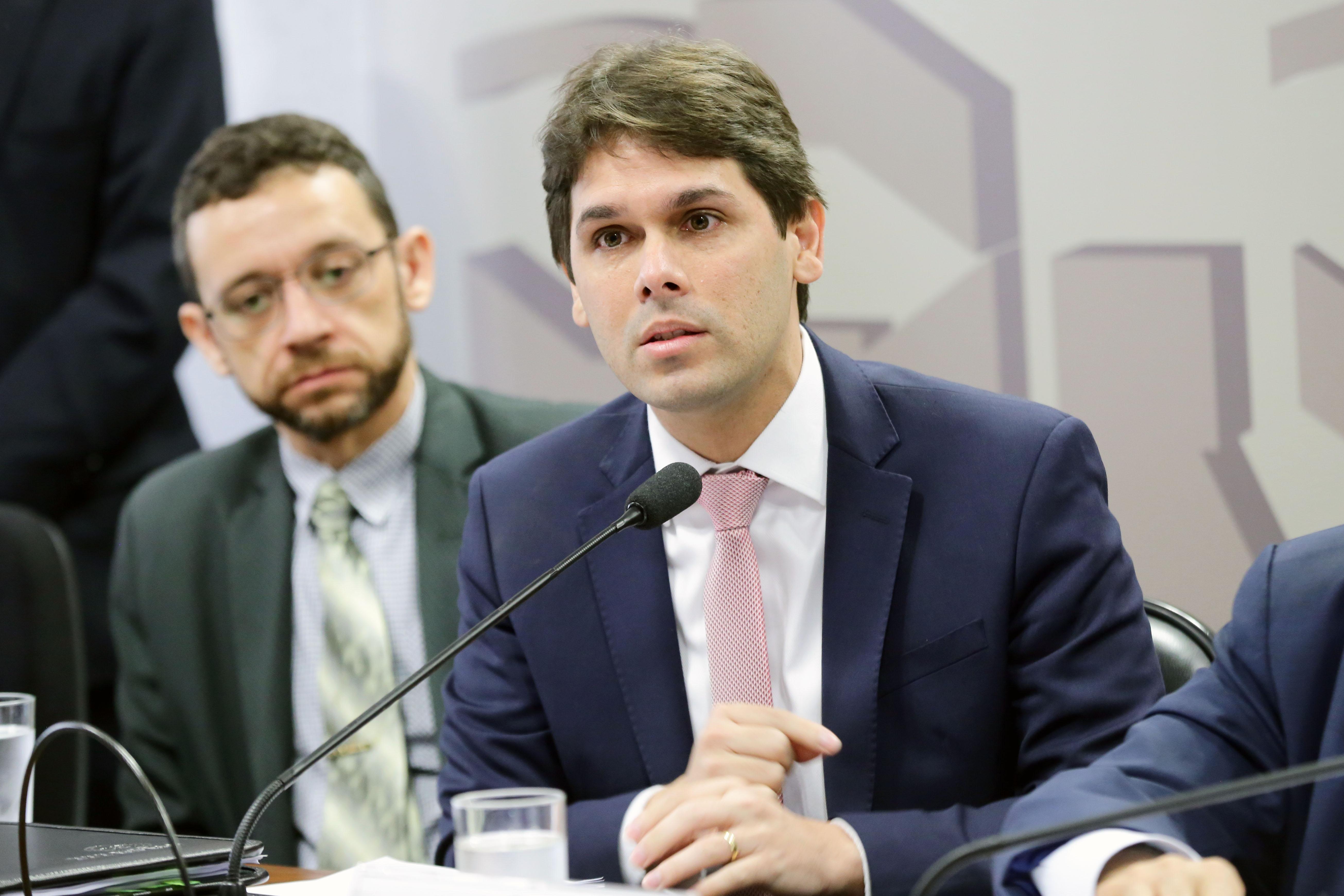 Audiência Pública Interativa. Presidente do Instituto Nacional do Seguro Social, Renato Vieira