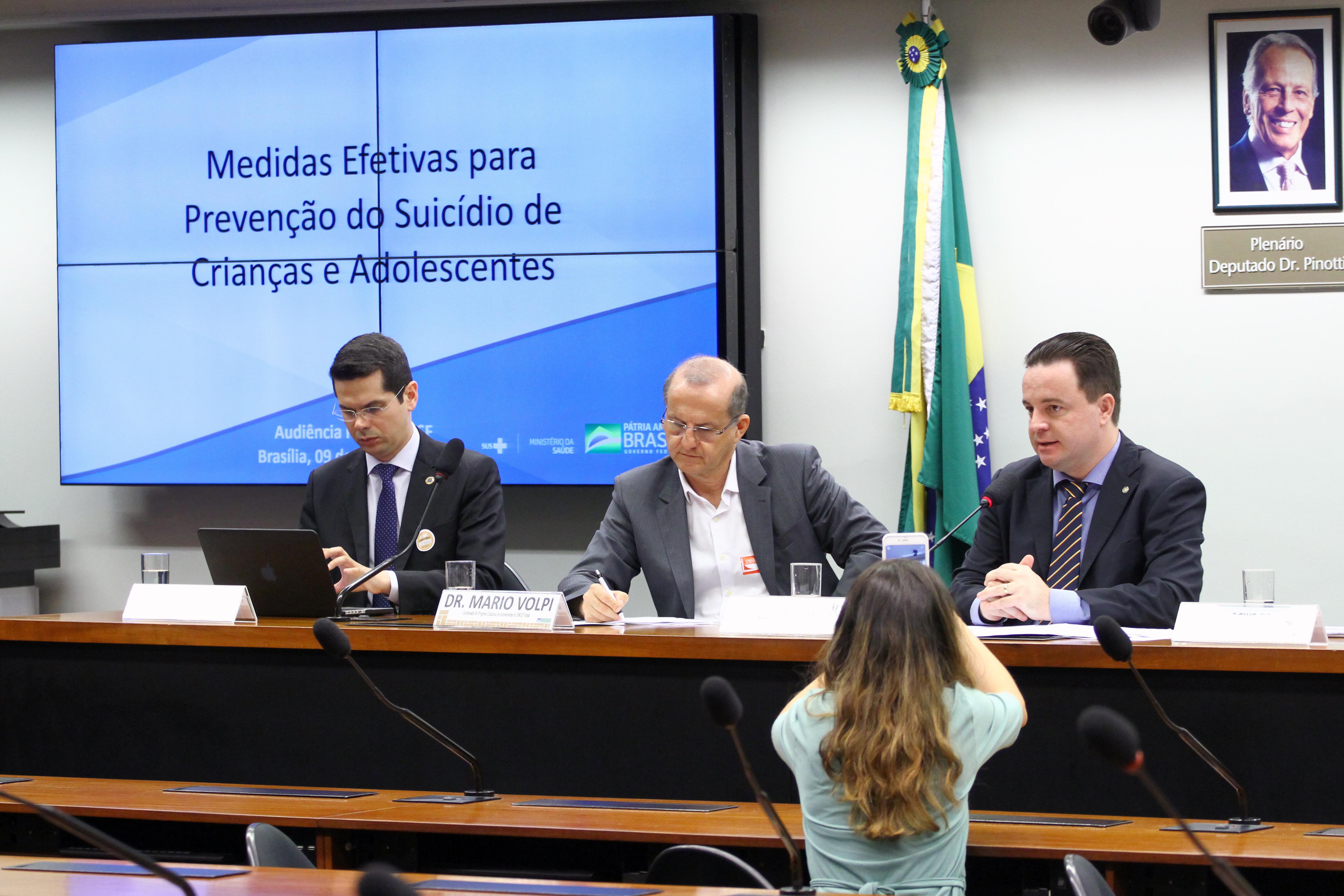 Audiência pública para discussão sobre medidas efetivas para a prevenção do suicídio de crianças e adolescentes