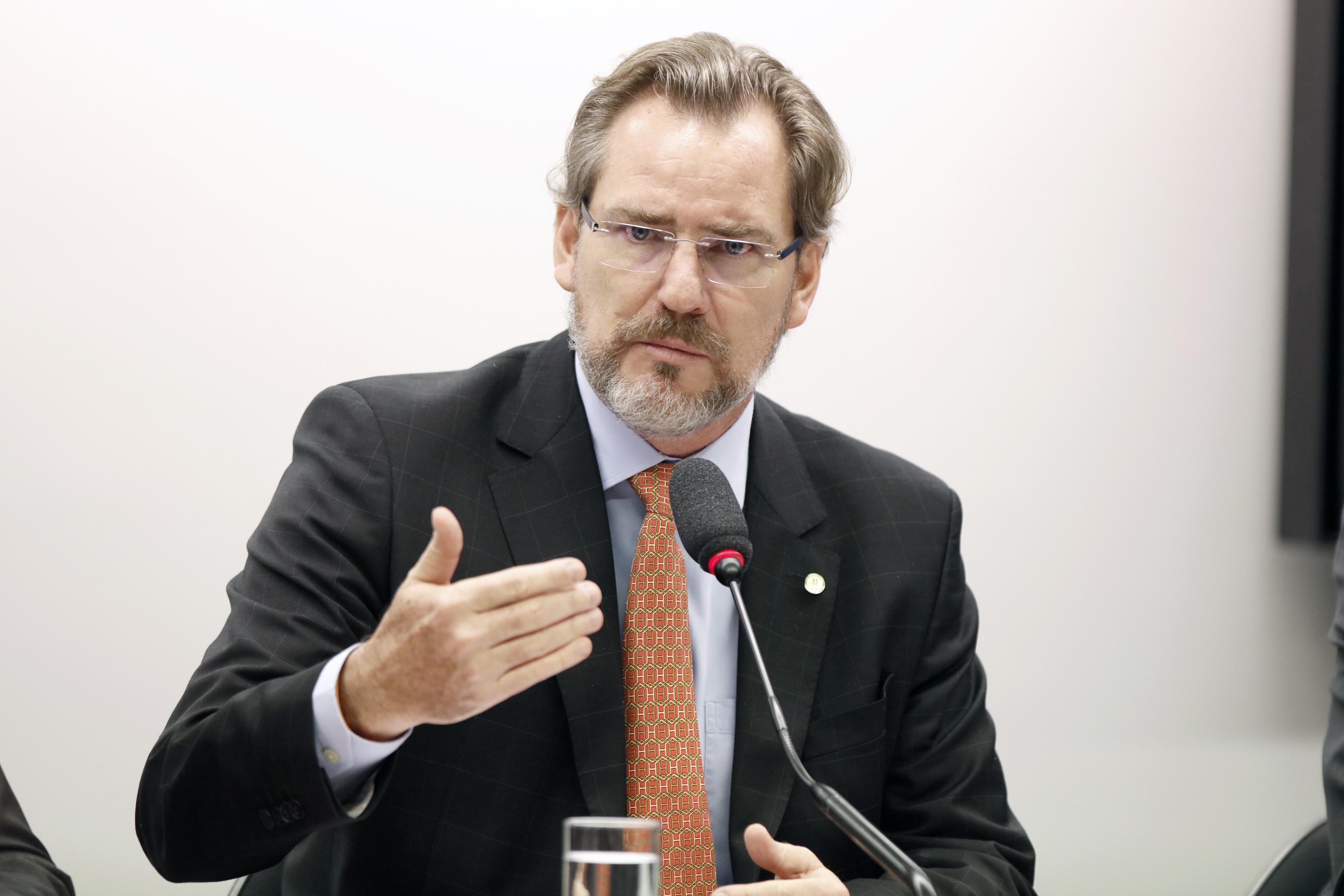 Audiência pública sobre os impactos da implantação do sistema ESocial na economia brasileira. Dep. Alexis Fonteyne (NOVO - SP)