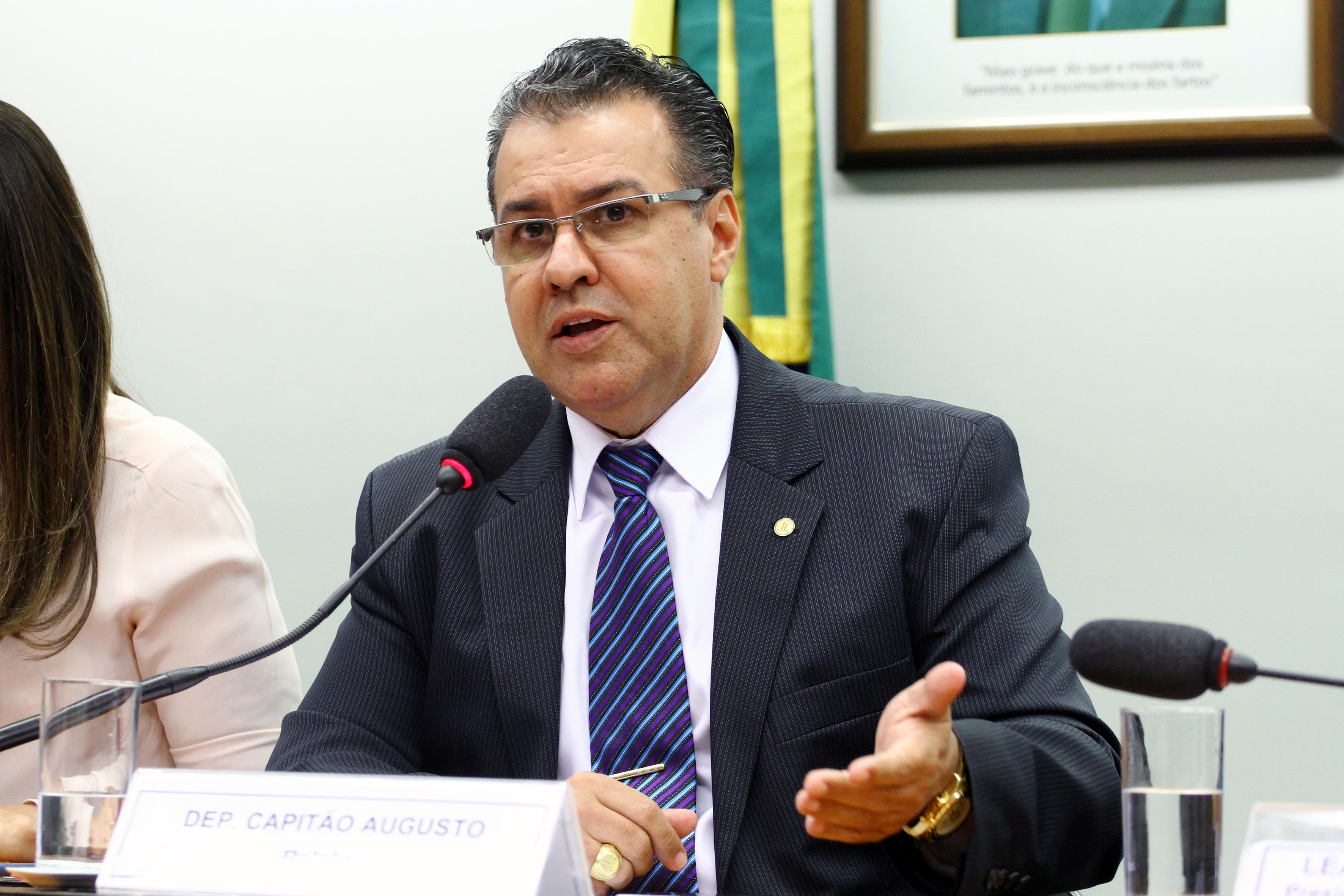 Audiência pública sobre as mudanças na legislação penal e processual penal. Dep. Capitão Augusto (PR - SP)