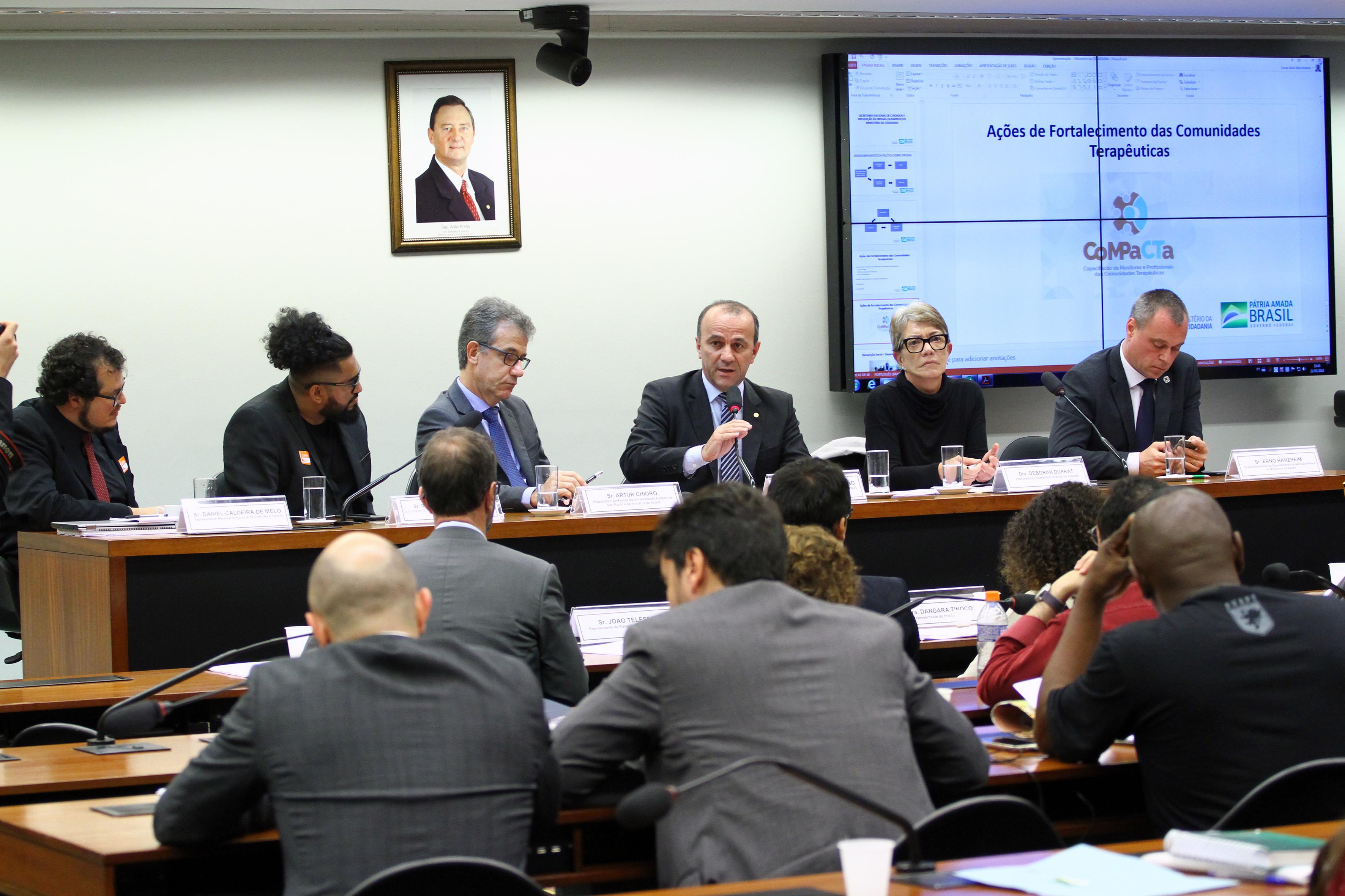 Audiência pública sobre a Política Nacional sobre Drogas - Decreto nº 9.761/19