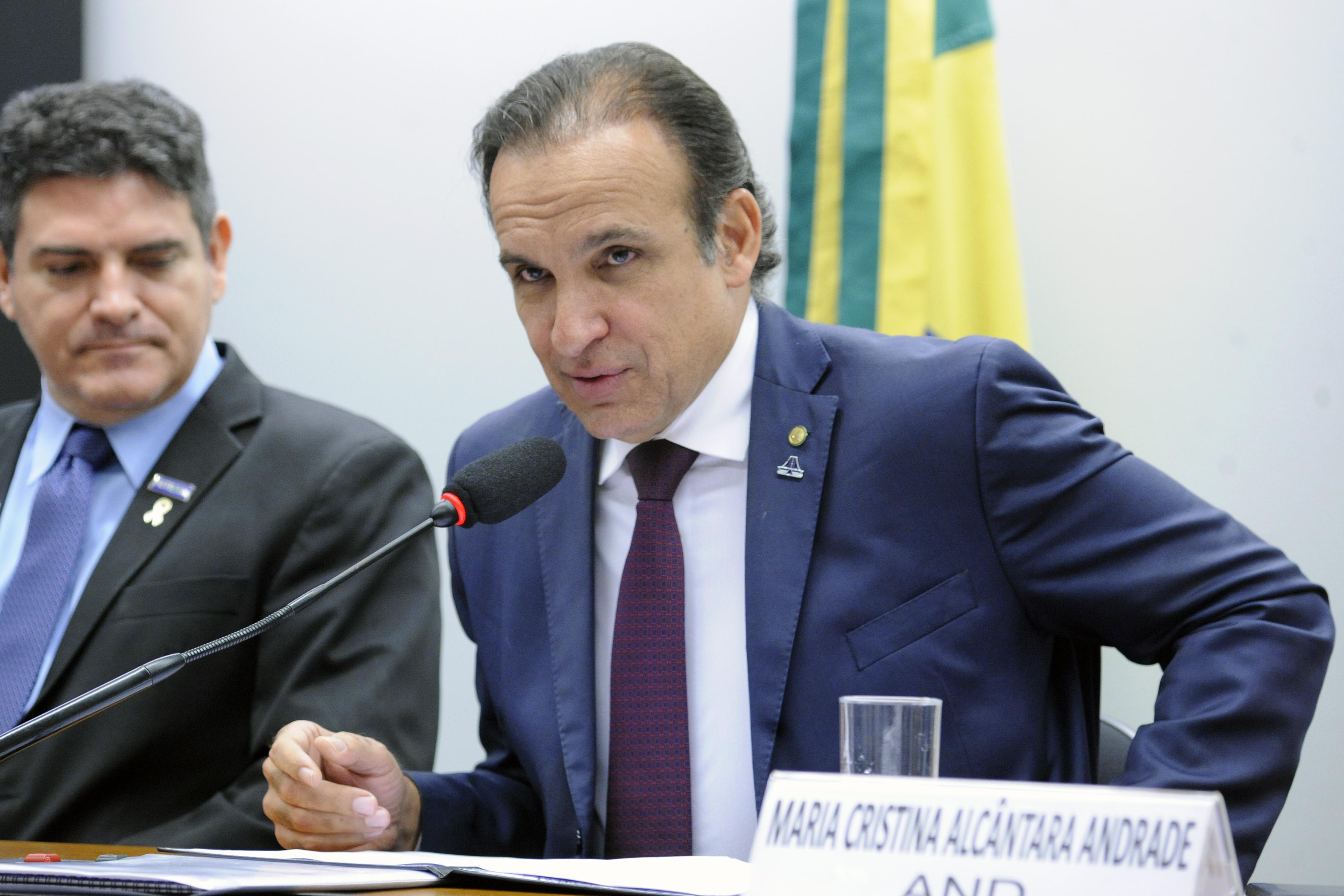 Audiência pública para promover consulta acerca da proposta de instituição, por lei, do Dia Nacional dos Agentes Públicos de Trânsito. Dep. Hugo Leal (PSD - RJ)
