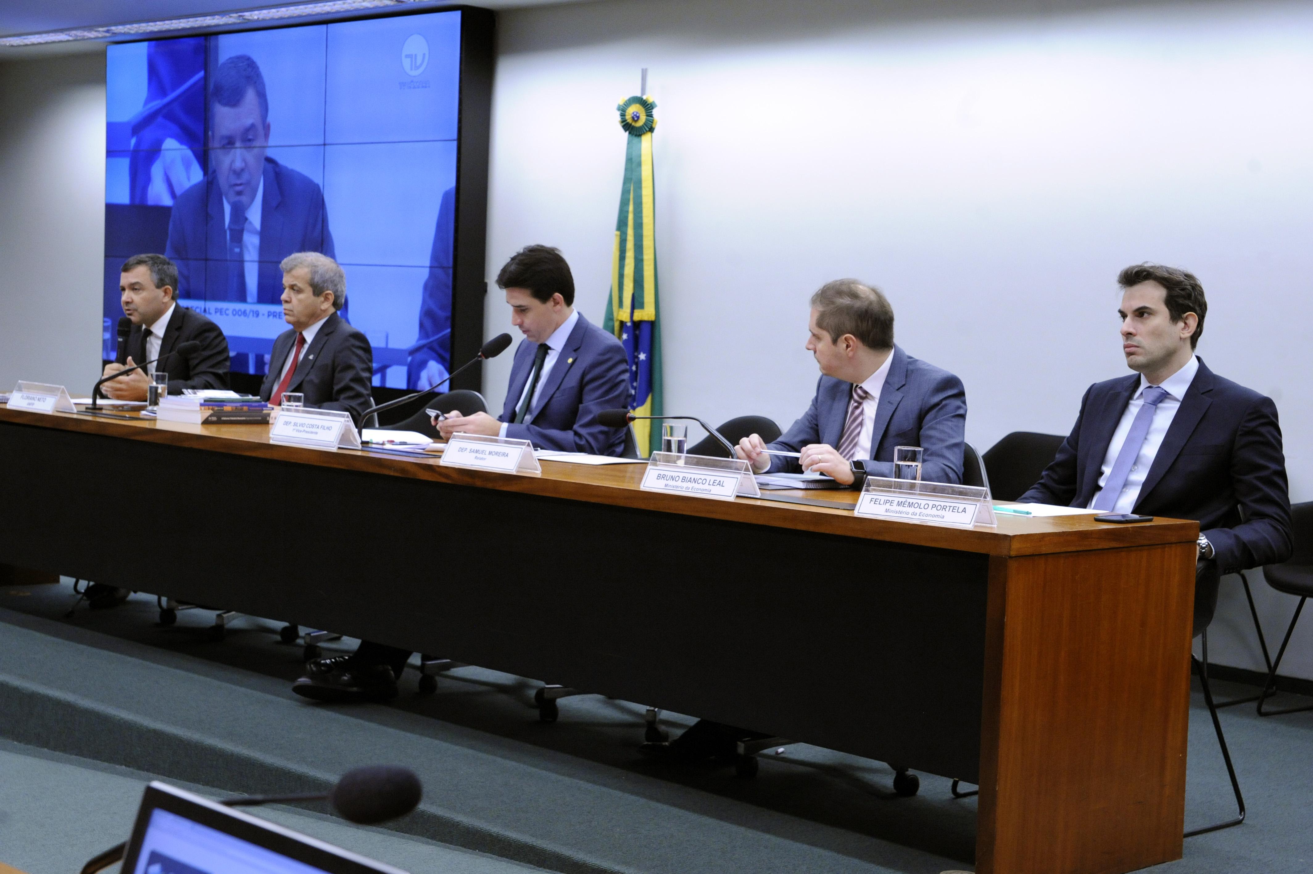 Debatedores sugerem mesmo pedágio para militares, servidores civis e trabalhadores em geral na reforma da Previdência