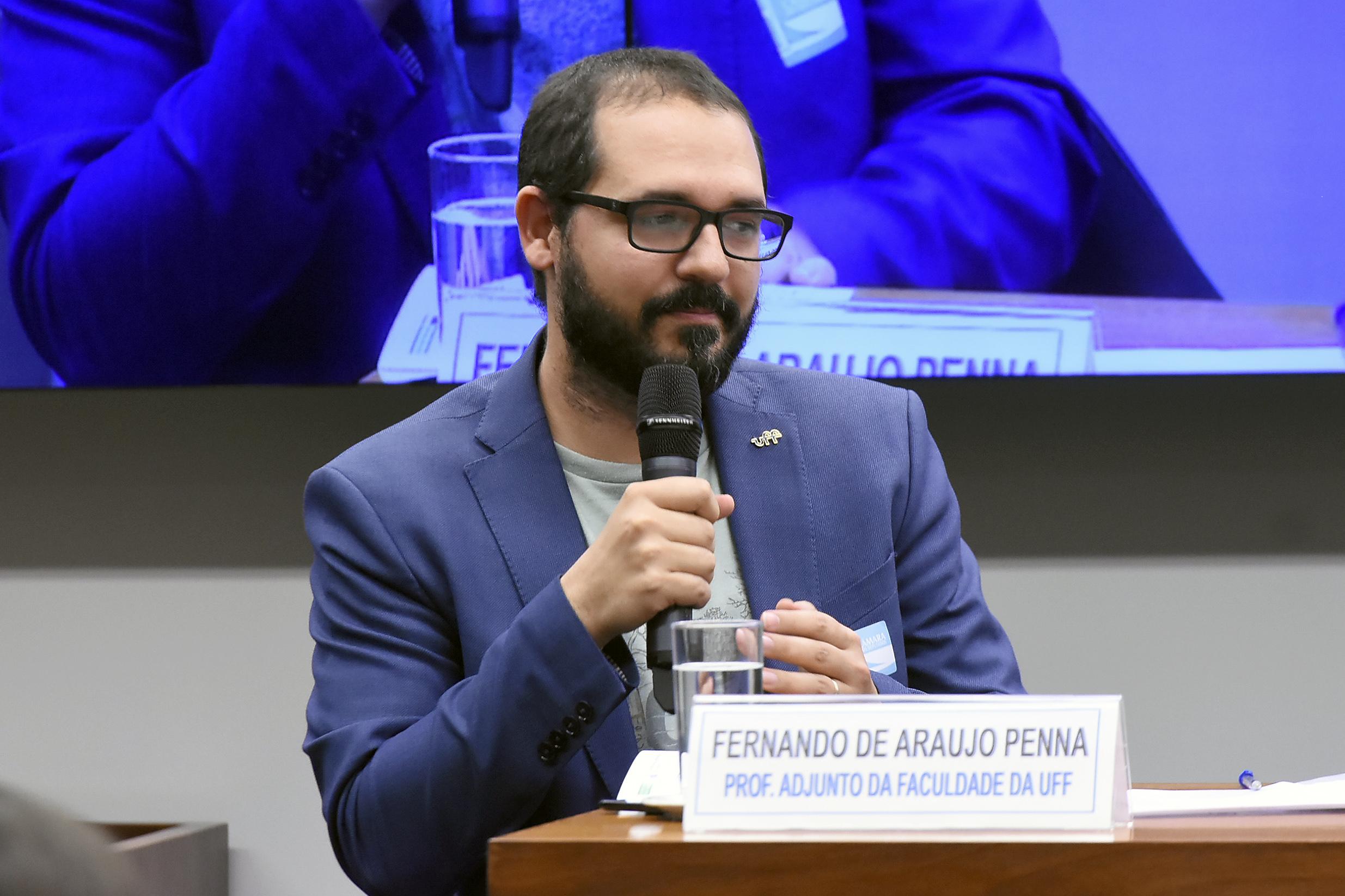 Audiência pública sobre a liberdade de Cátedra. Professor Adjunto da Faculdade de Educação da UFF, Fernando de Araujo Penna