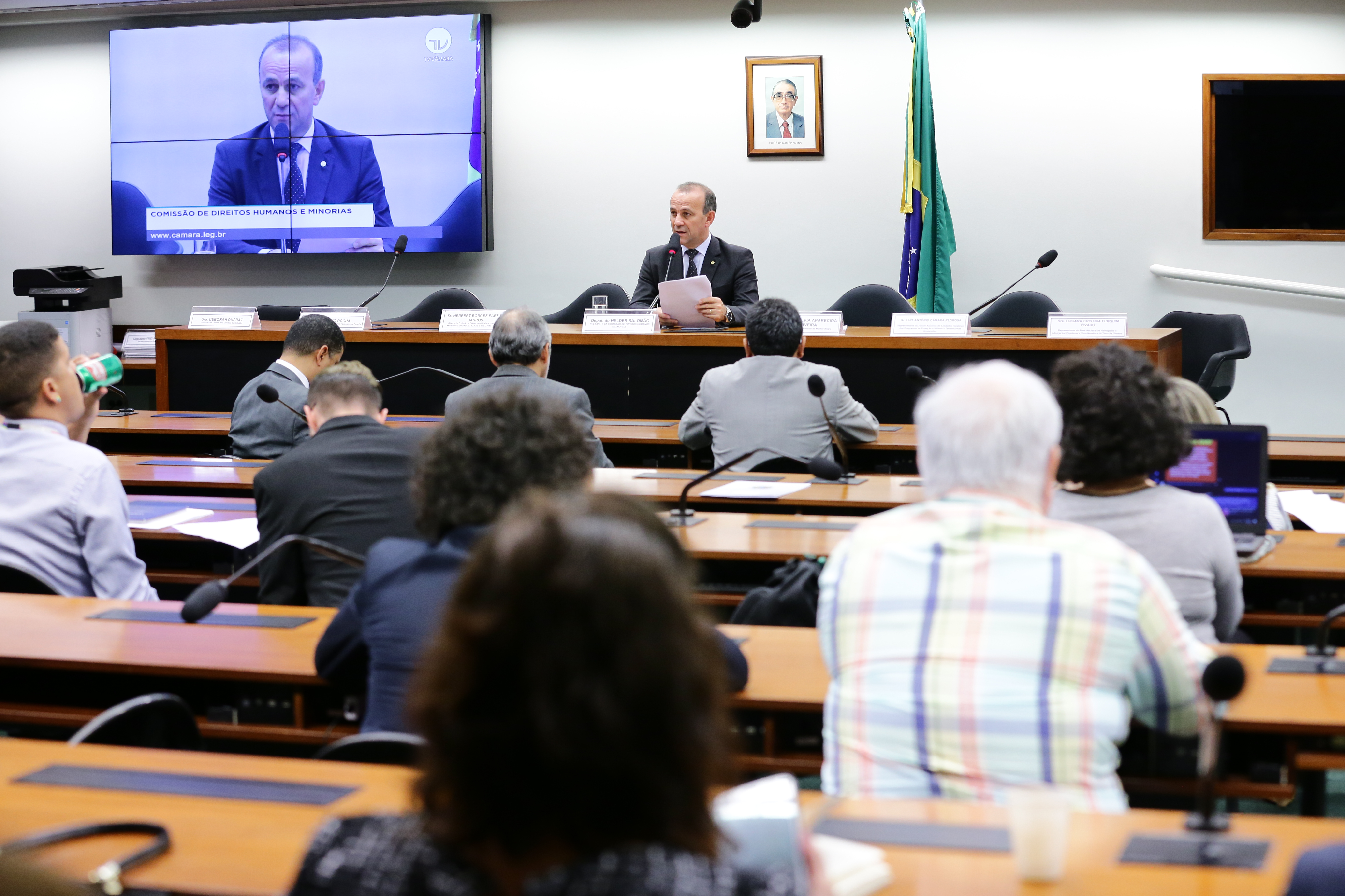 Audiência pública sobre a perseguição e violência contra defensores de direitos humanos no Brasil