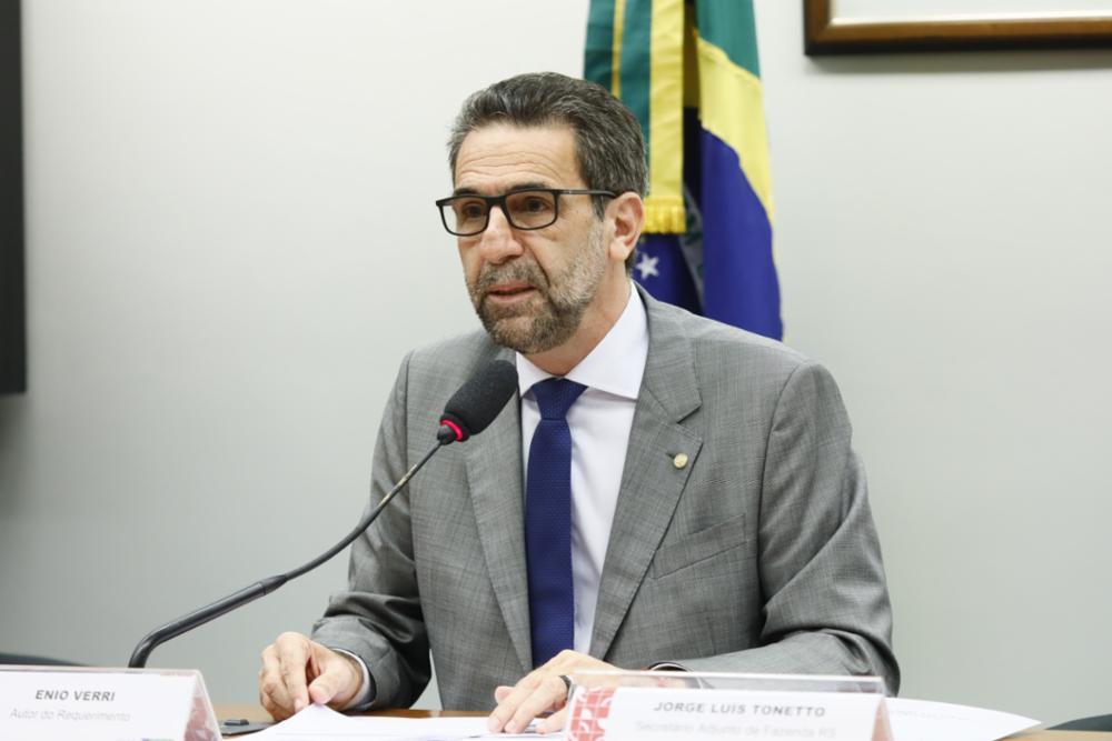 Reunião Ordinária e Audiência Pública sobre o descumprimento, pelos Estados, dos limites de gastos com pessoal constantes da LRF. Dep. Enio Verri (PT-PR)