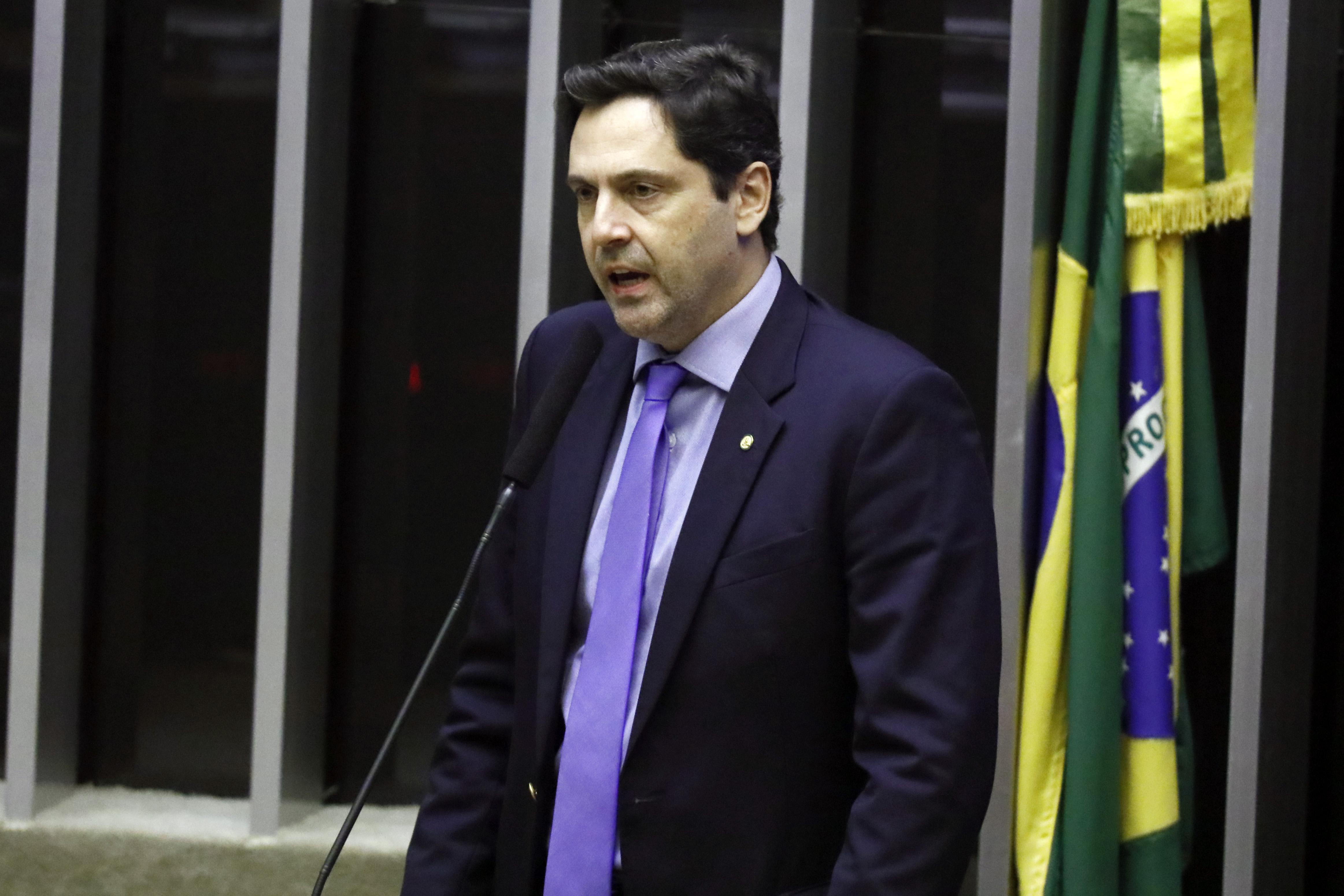 Ordem do dia para discussão e votação de diversos projetos. Dep. Luiz Philippe de Orleans e Bragança (PSL - SP)