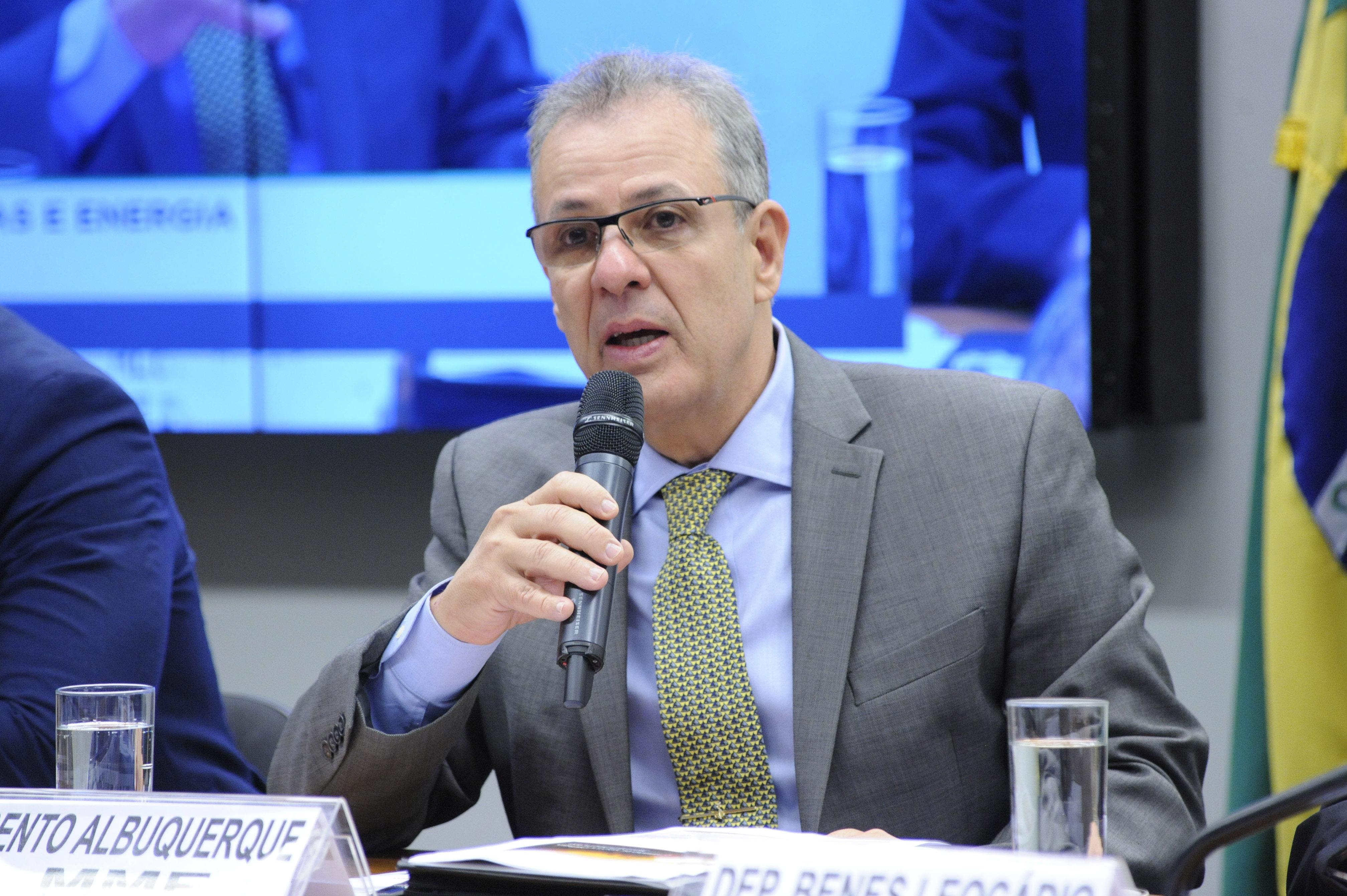 Reunião ordinária para discussão do modelo idealizado para o Novo Mercado de Gás. Ministro de Minas e Energia, Bento Albuquerque