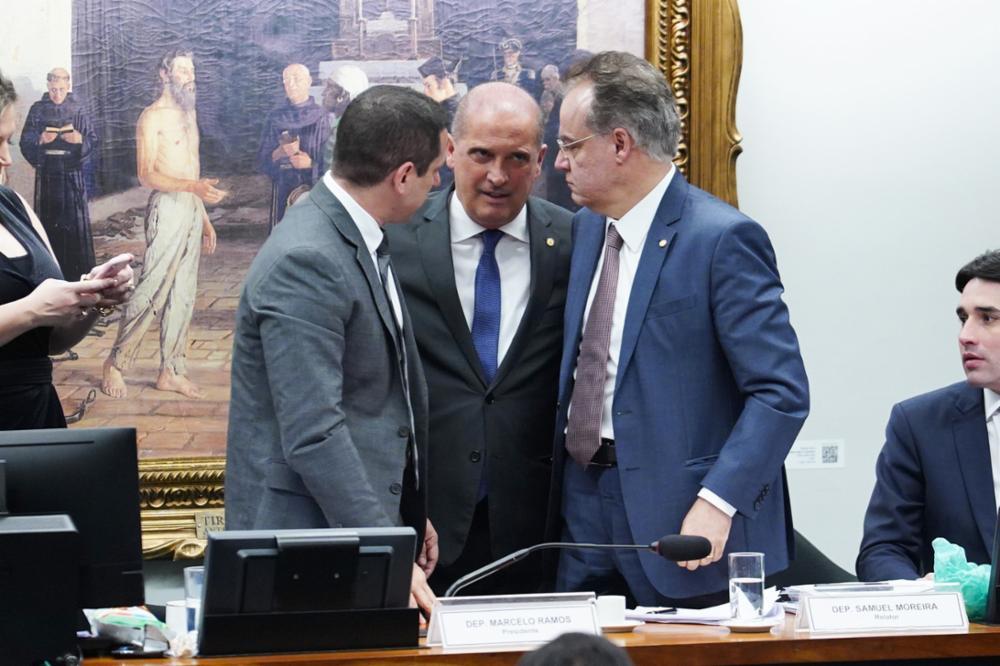 Reunião ordinária para votação do parecer do relator, dep. Samuel Moreira (PSDB-SP). Ministro Chefe da Casa Civil, Onyx Lorenzoni