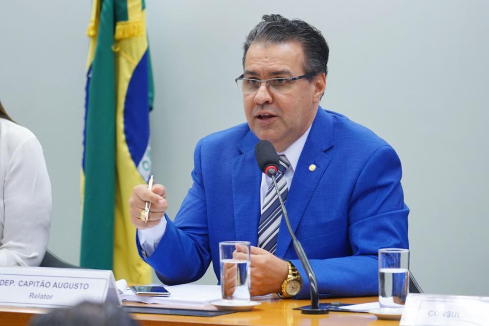 Reunião Ordinária: discussão e votação do parecer do relator, dep. Capitão Augusto (PL-SP)